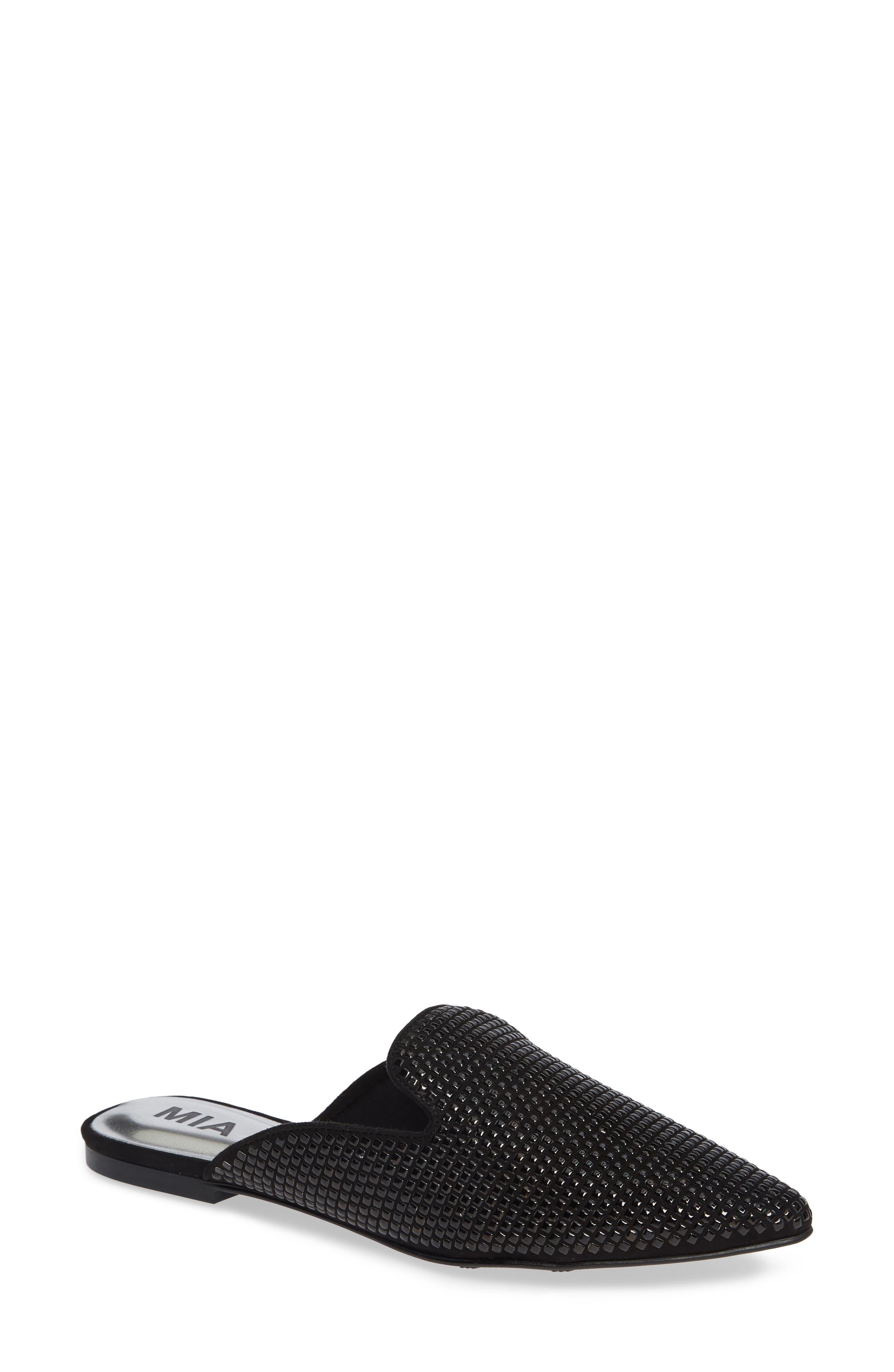 winter wardrobe black shoes