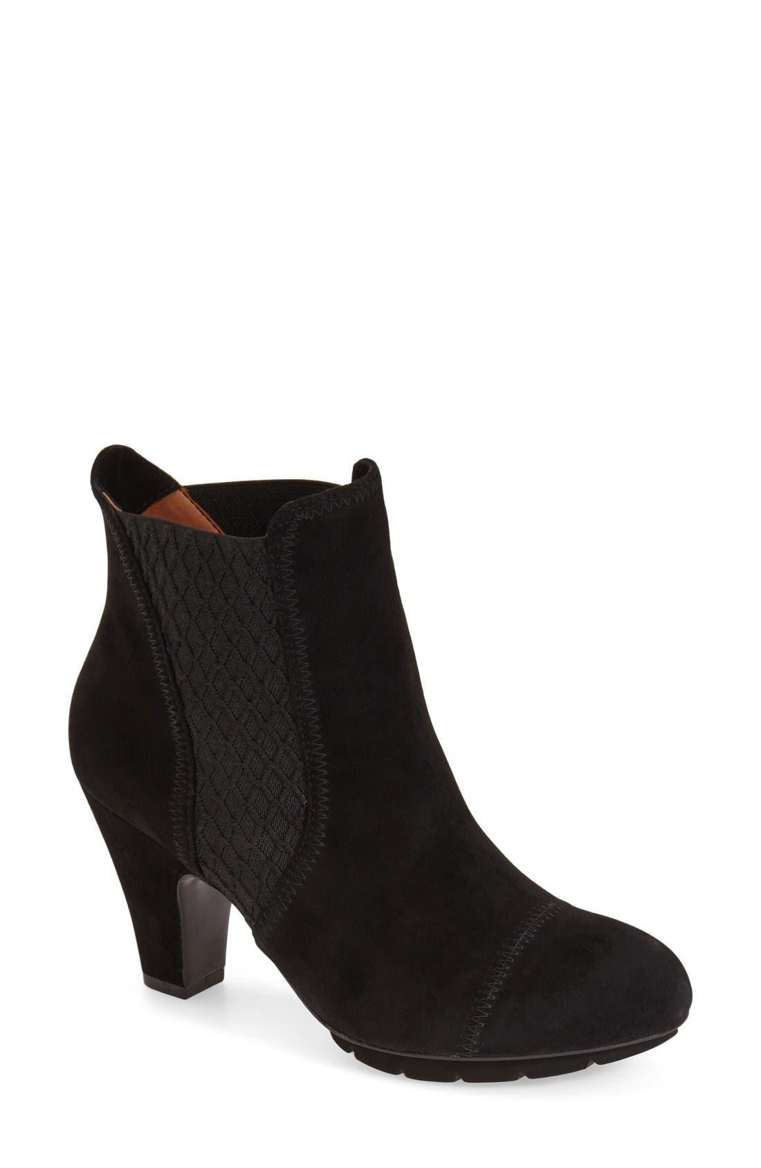 L'Amourdes Pieds'Faaris' Chelsea Boot,                         Main,                         color, 001