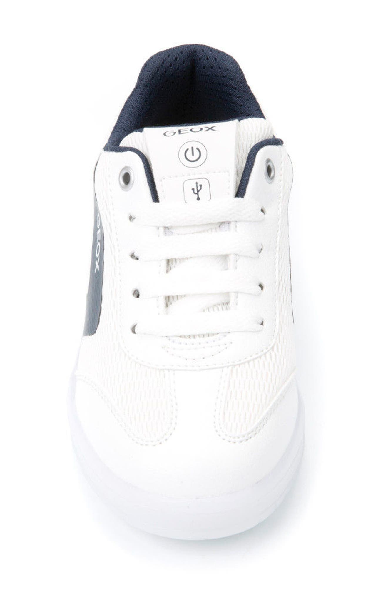 Kommodor Light-Up Low Top Sneaker,                             Alternate thumbnail 4, color,                             WHITE/ NAVY