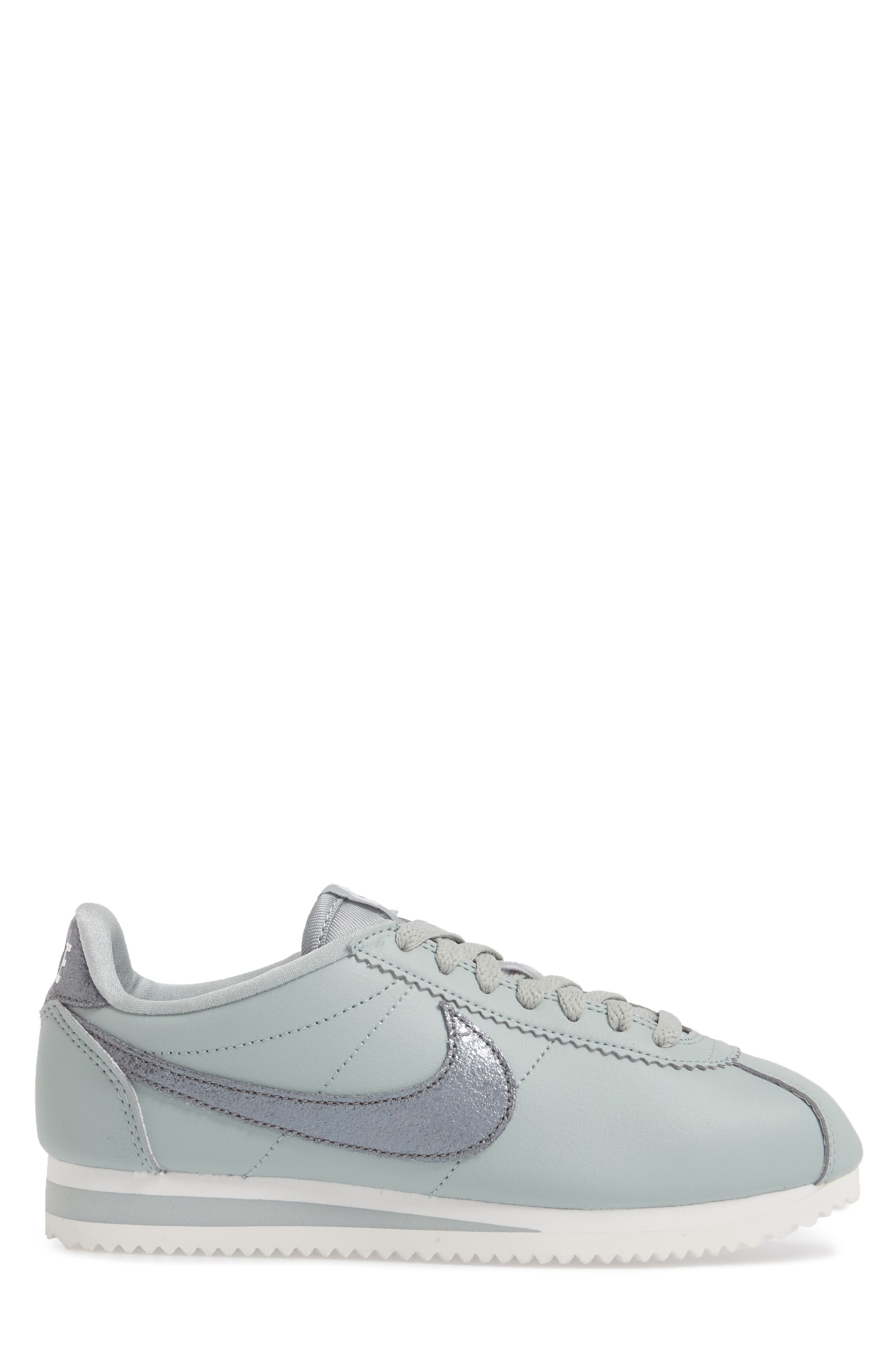 Classic Cortez Premium Sneaker,                             Alternate thumbnail 3, color,                             028