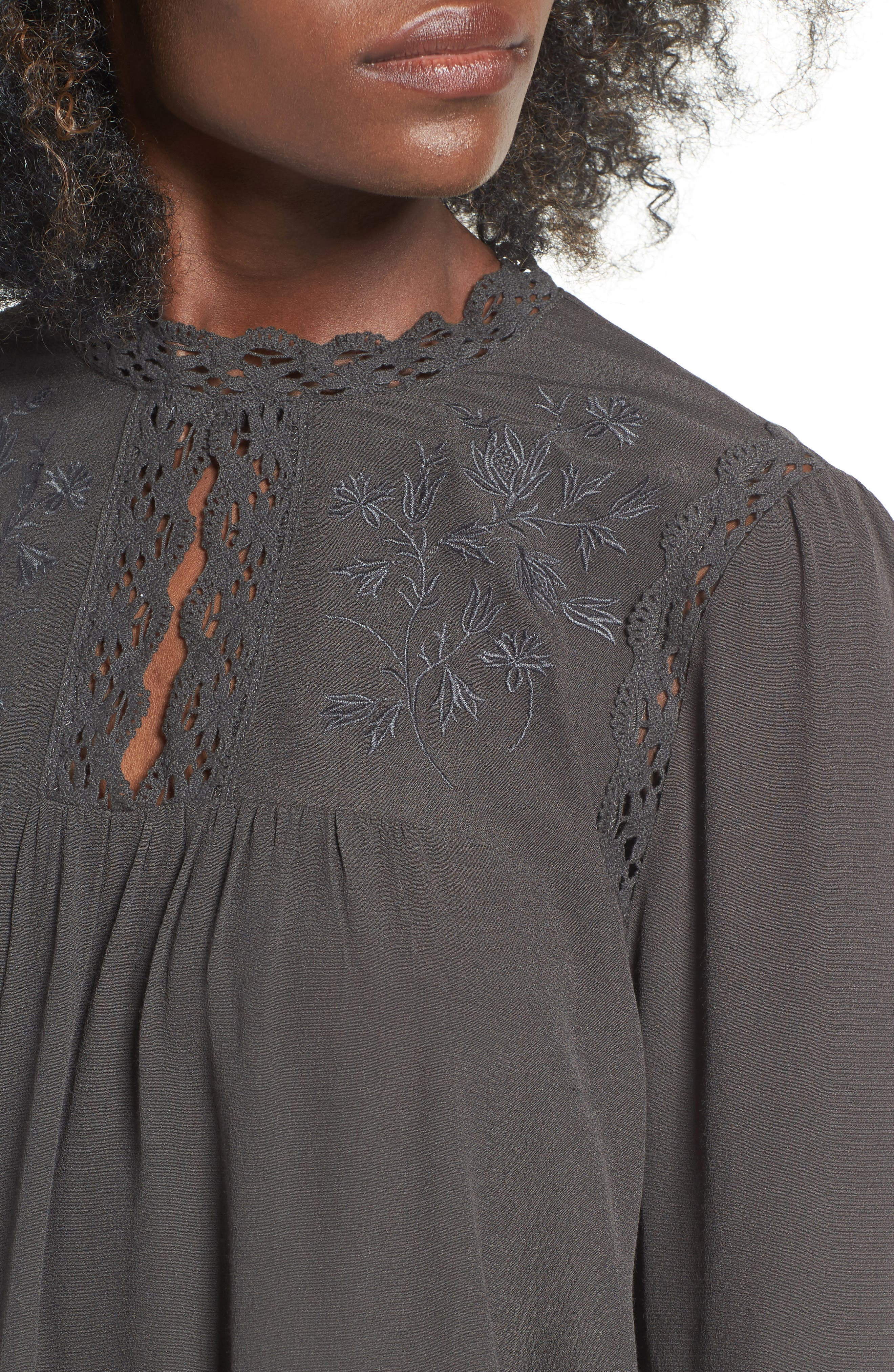 ASTR Embroidered Blouse,                             Alternate thumbnail 4, color,                             020
