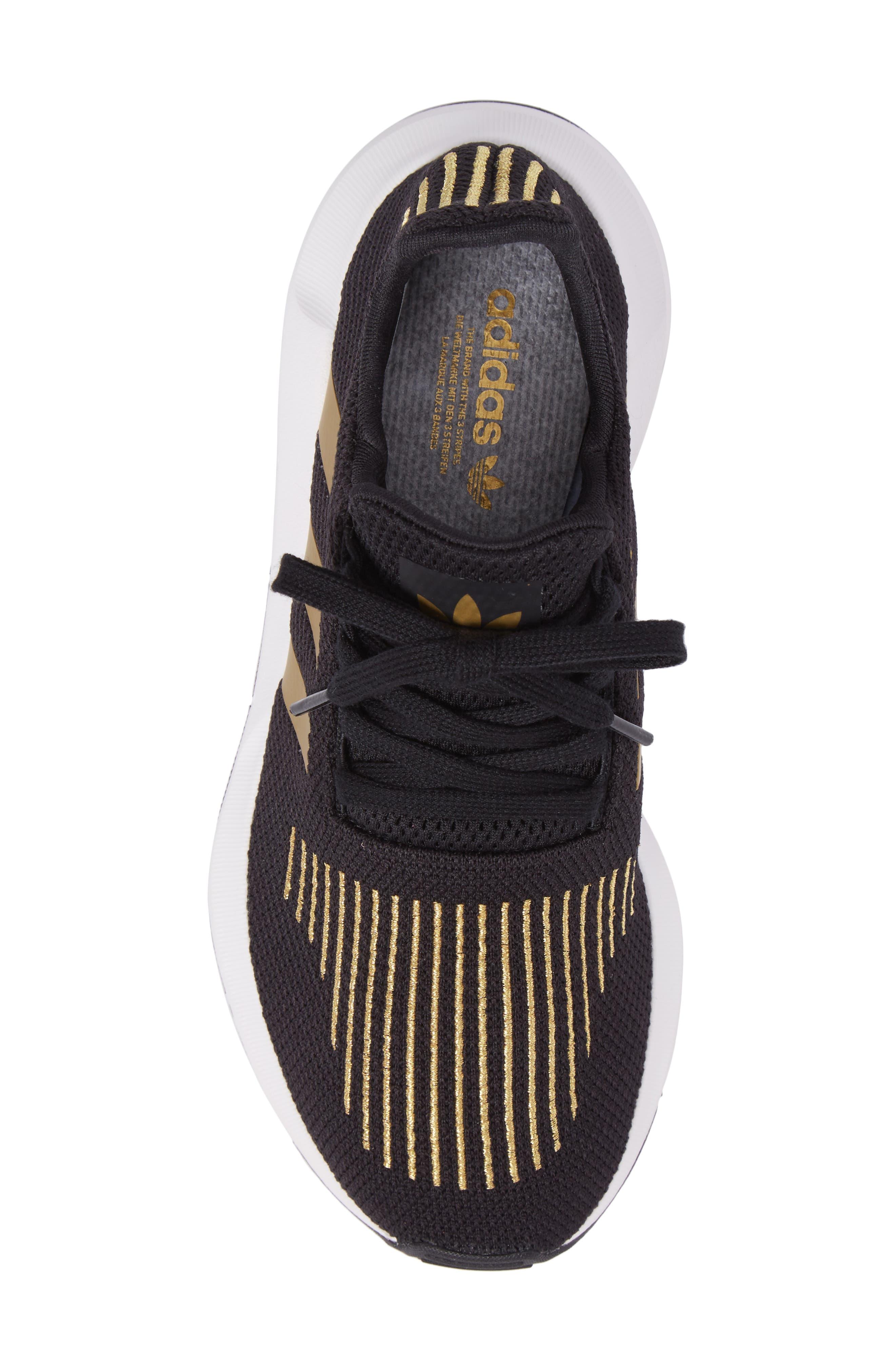 Swift Run Sneaker,                             Alternate thumbnail 130, color,
