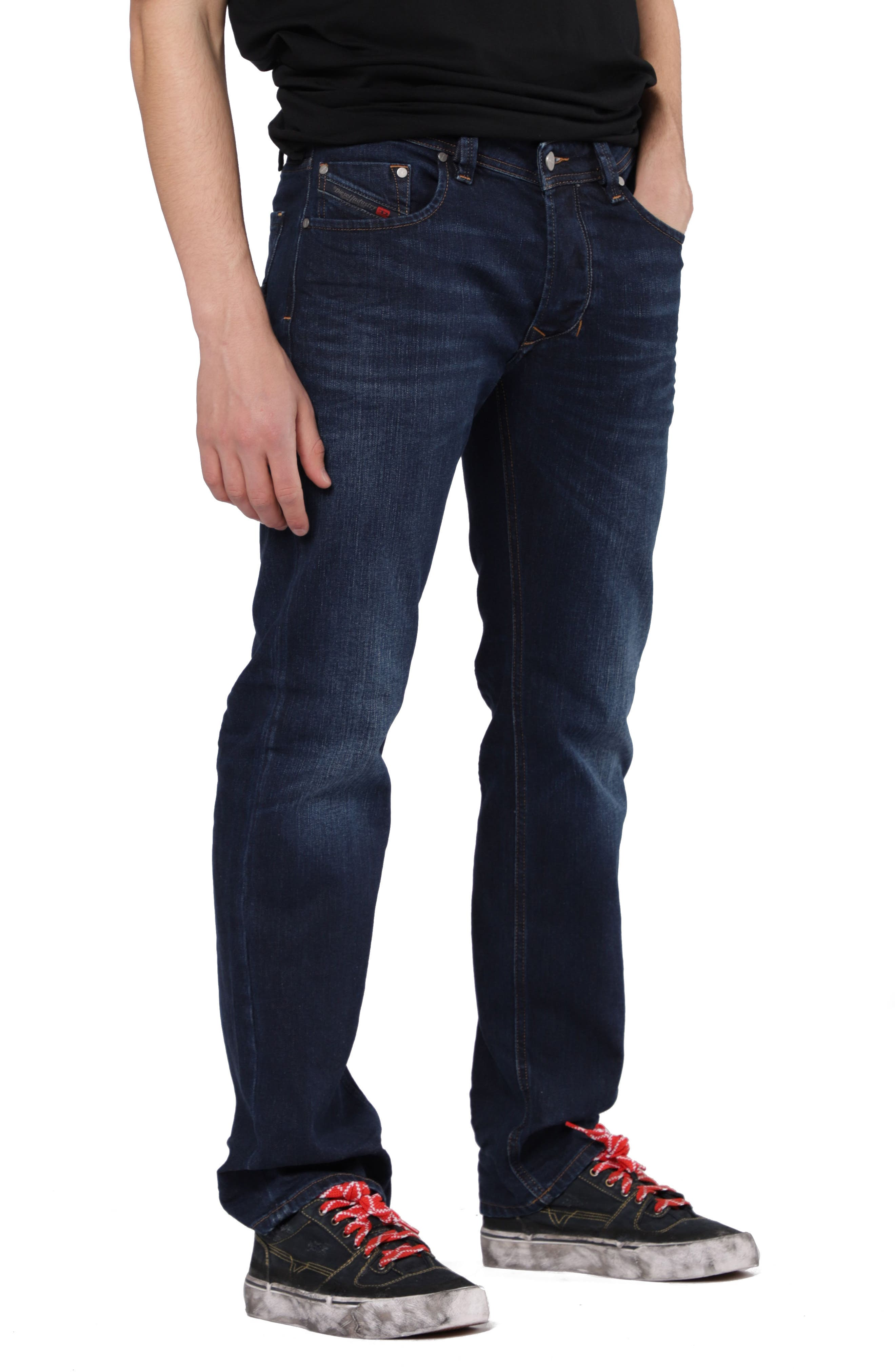 Larkee Relaxed Fit Jeans,                             Alternate thumbnail 3, color,                             084VG
