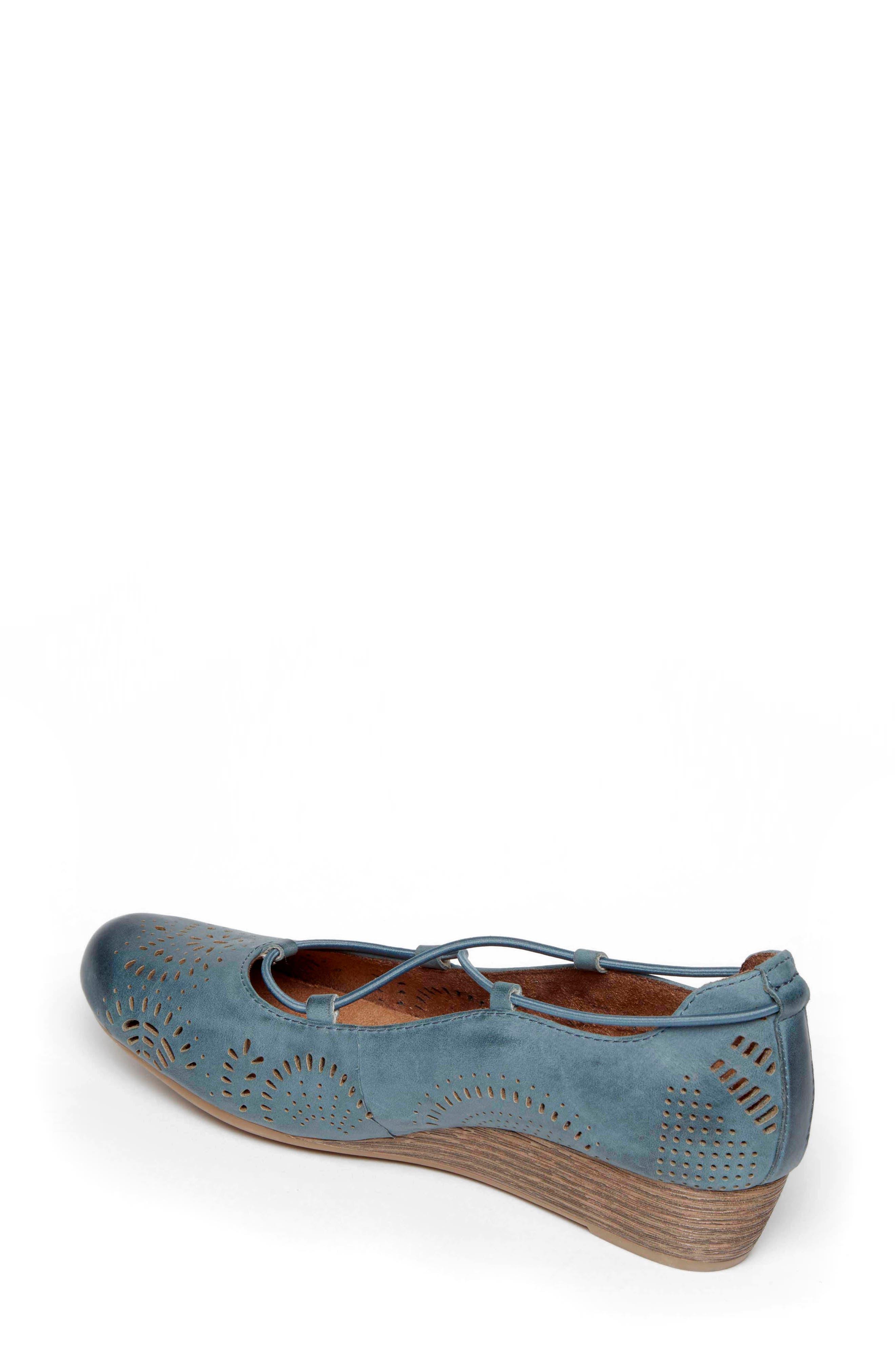 Janna Cross Strap Wedge Sandal,                             Alternate thumbnail 10, color,