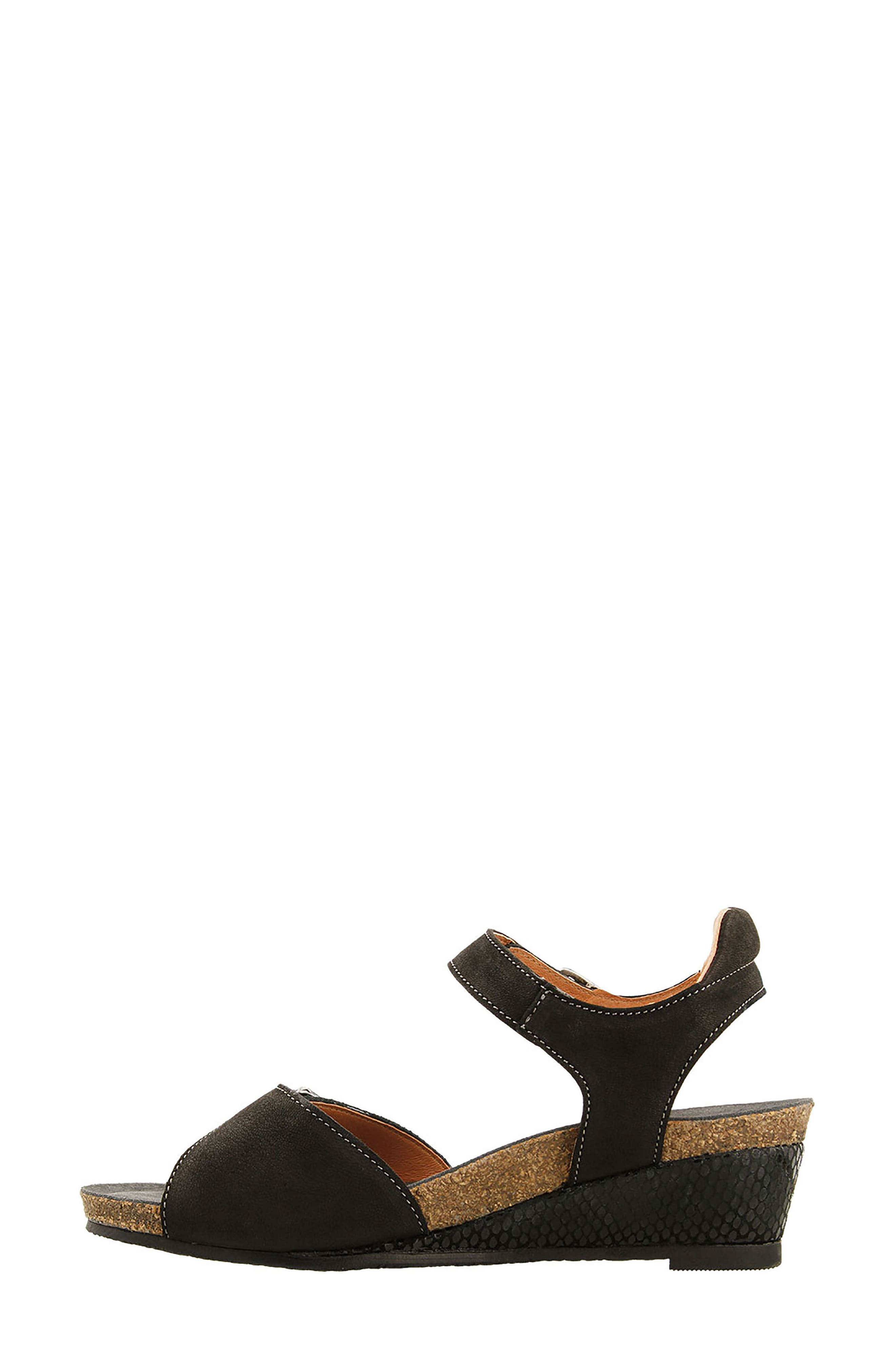 Traveler Wedge Sandal,                             Alternate thumbnail 3, color,                             002