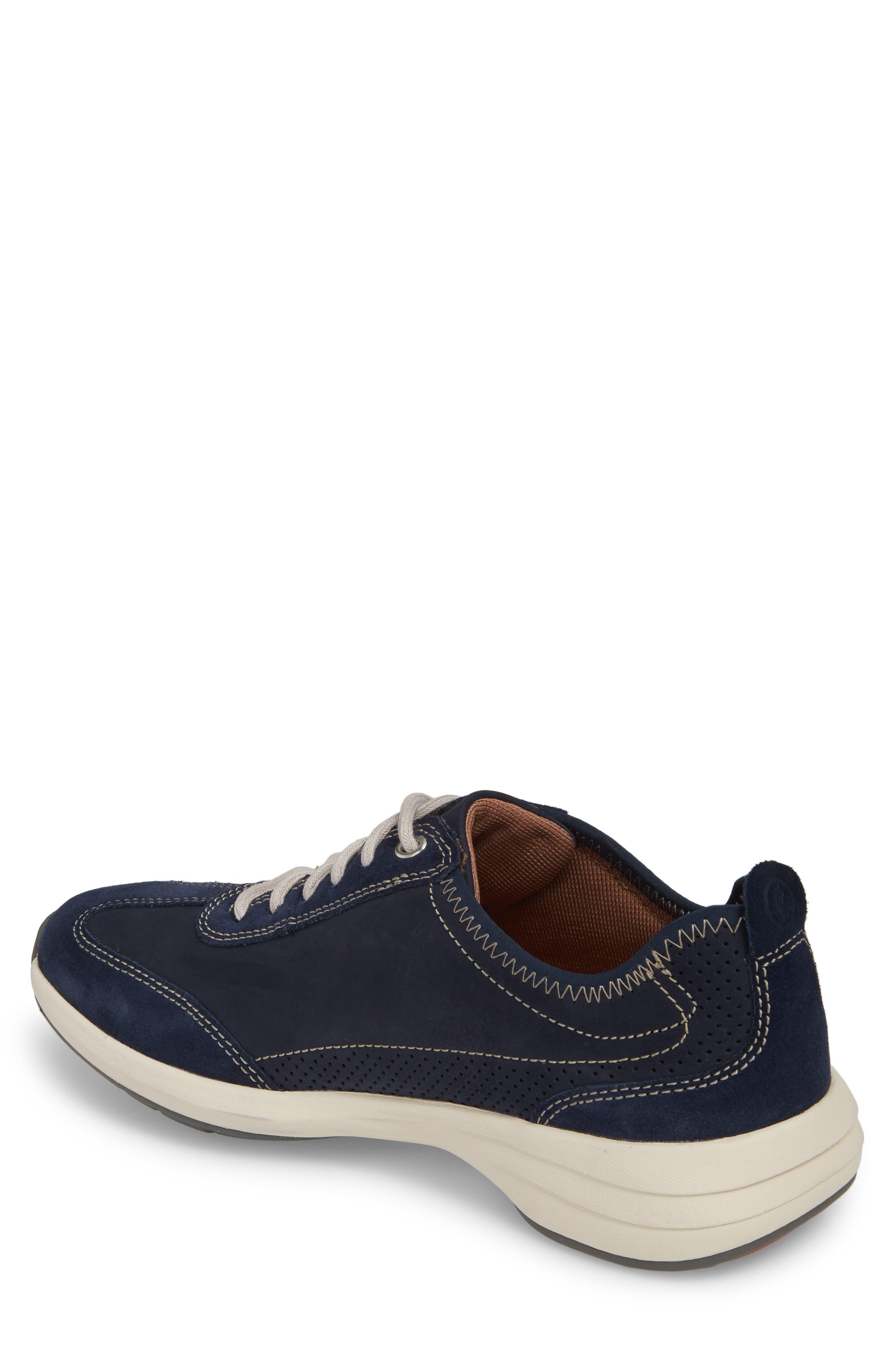 Clarks<sup>®</sup> Un Coast Low Top Sneaker,                             Alternate thumbnail 4, color,