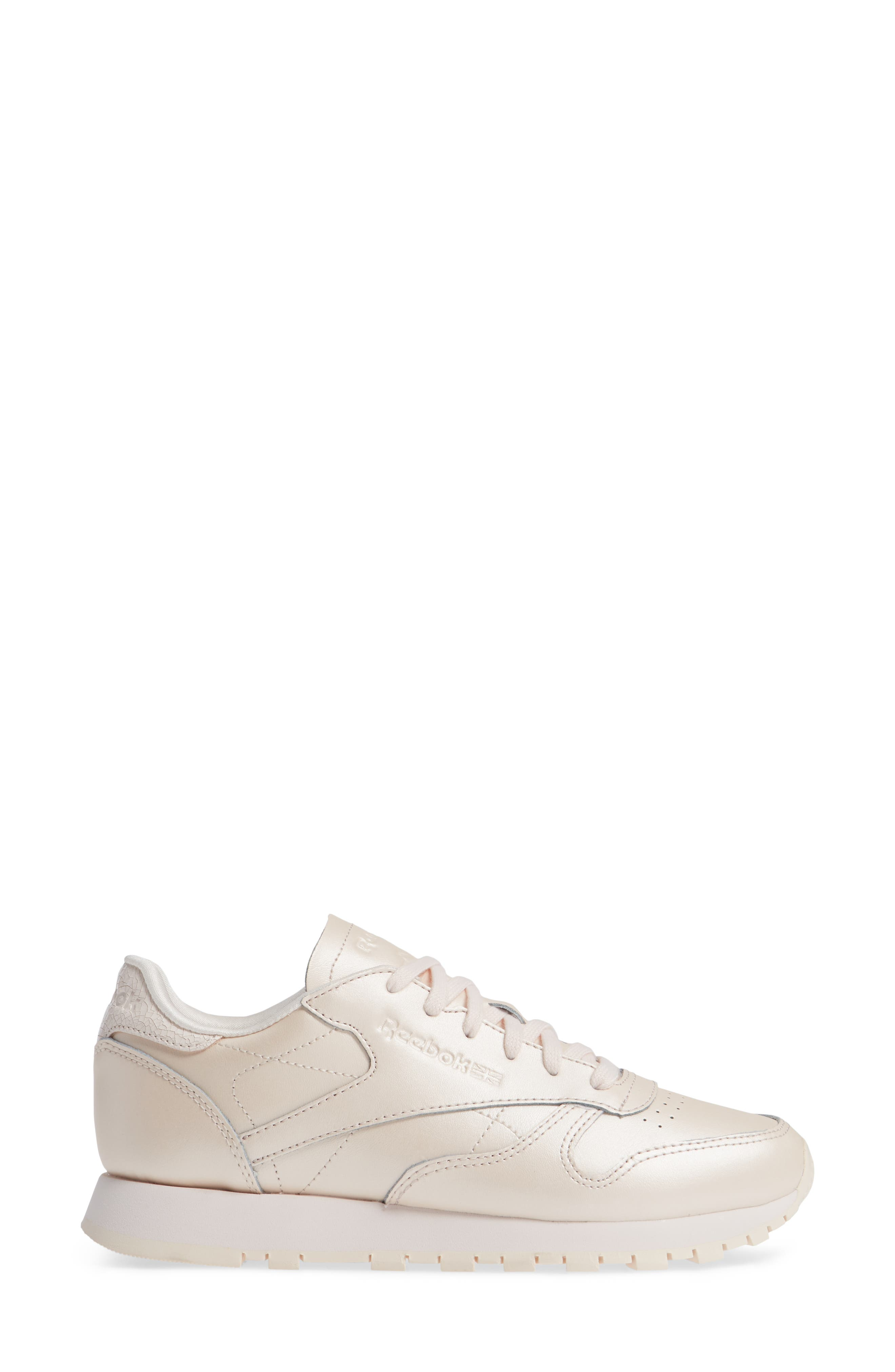 Classic Leather Sneaker,                             Alternate thumbnail 3, color,                             PALE PINK