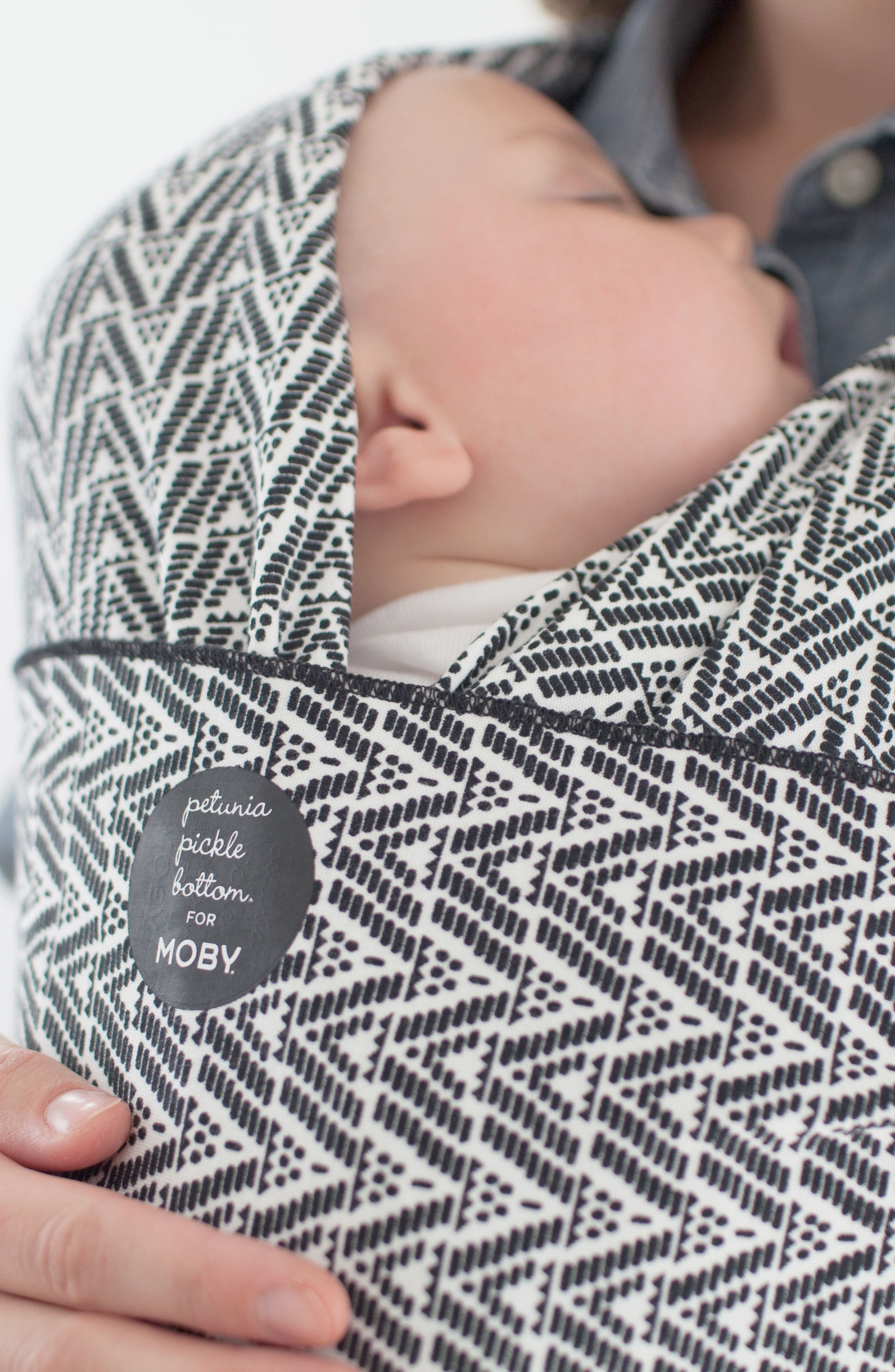 Wrap x Petunia Pickle Bottom Baby Carrier,                         Main,                         color, BLACK/ WHITE