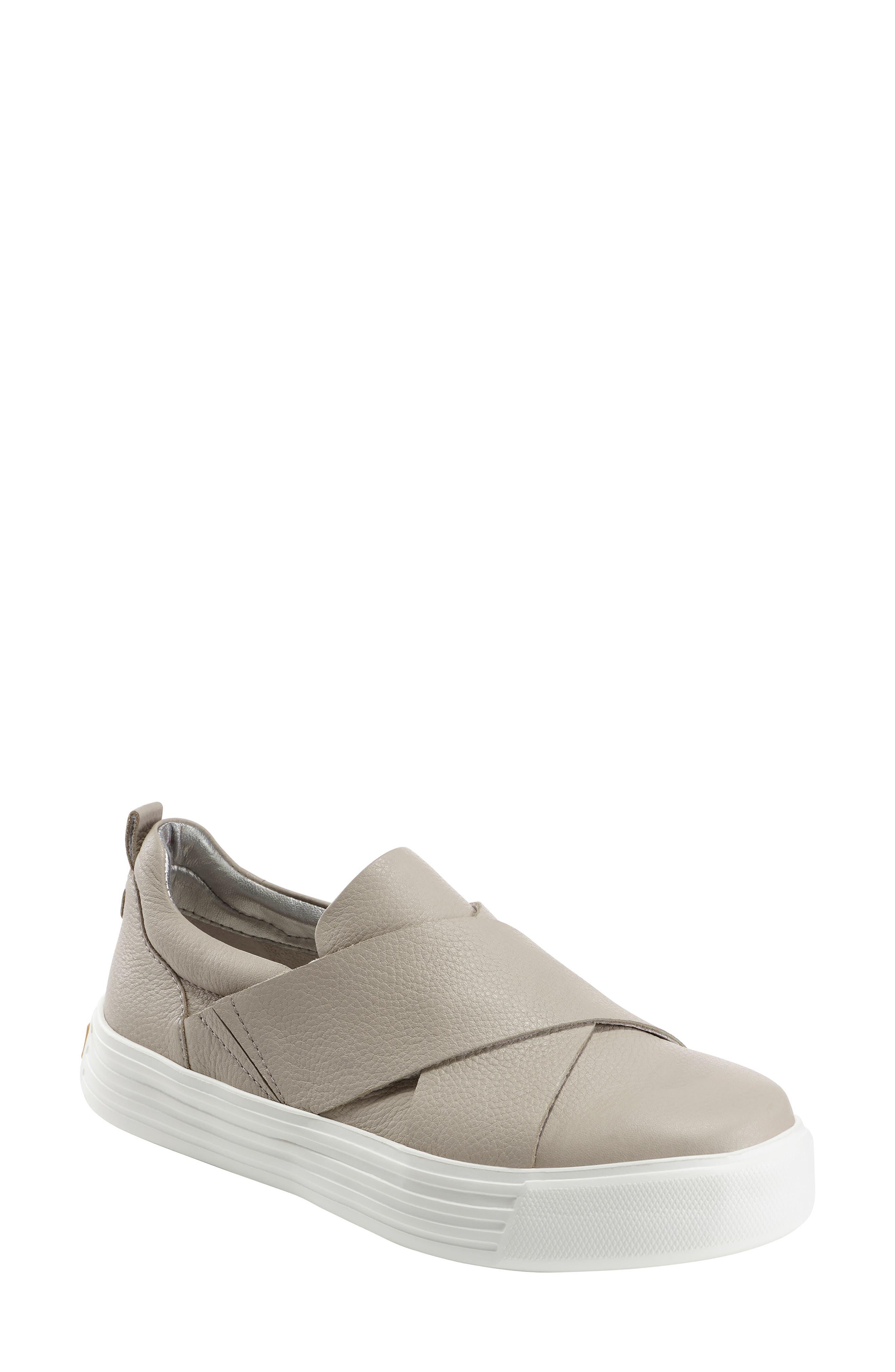 Earth Clary Sneaker- Grey