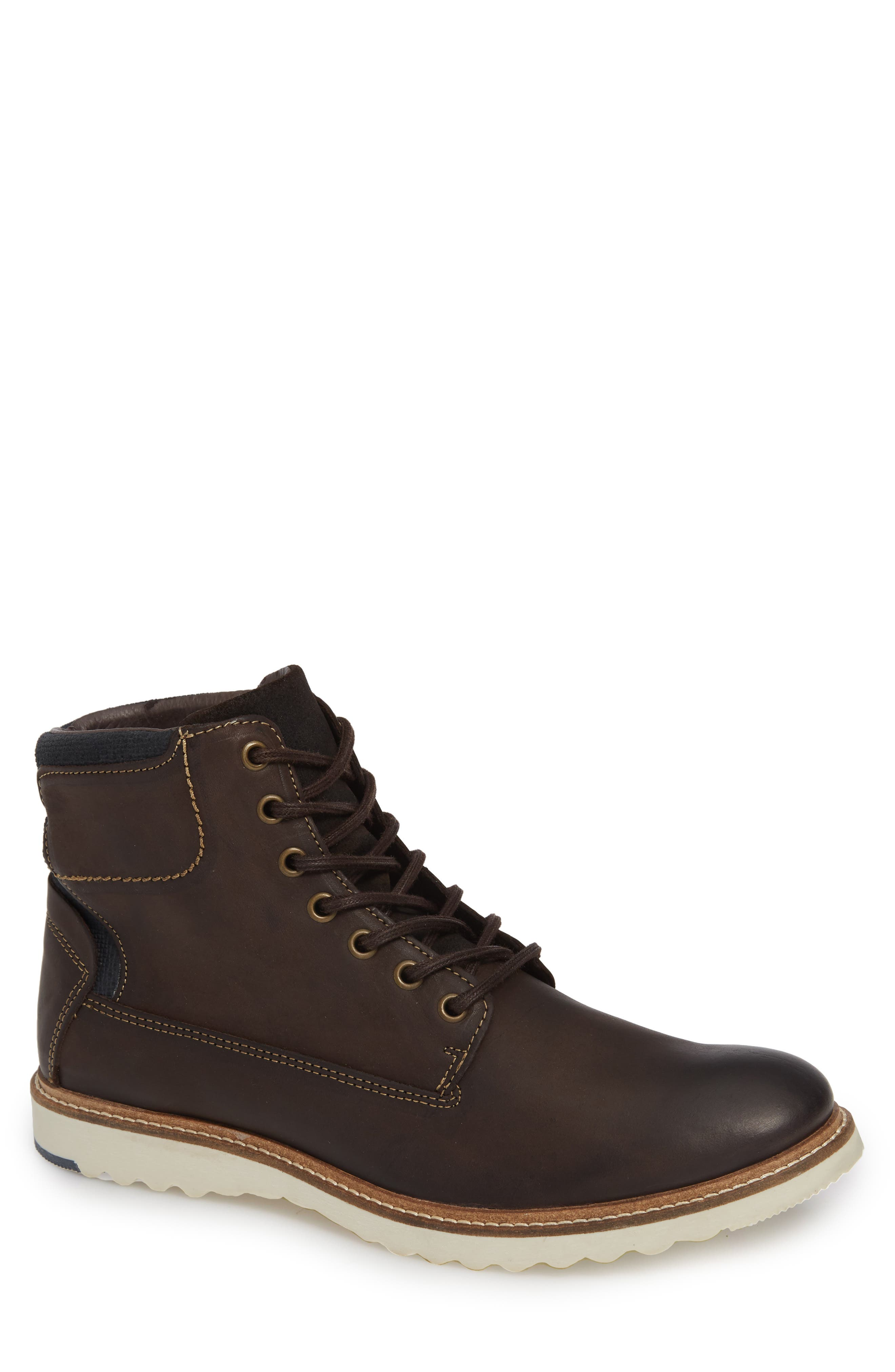 SUPPLY LAB Oscar Plain Toe Boot in Brown