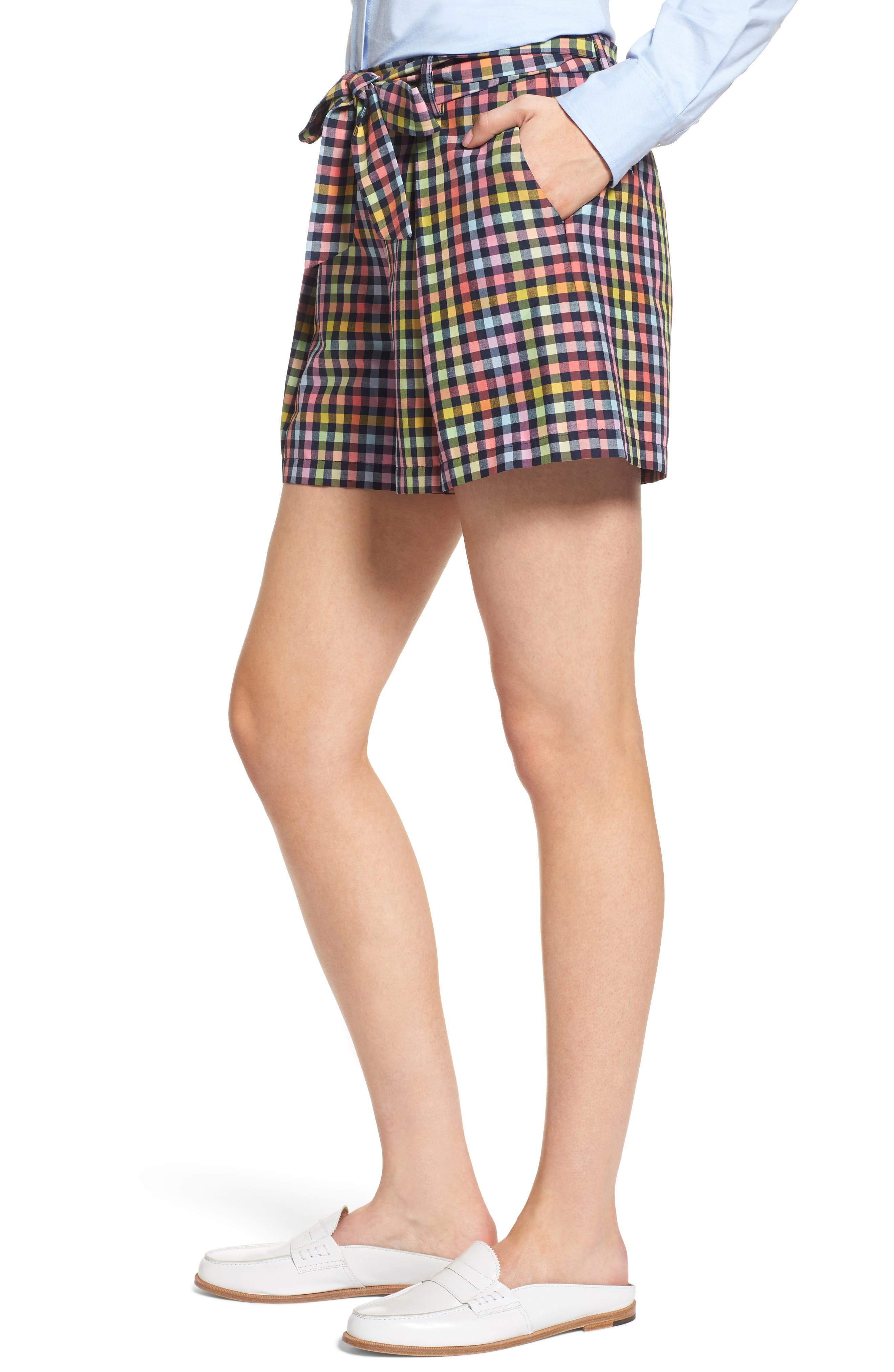 Pleated Plaid Bow Tie Shorts,                             Alternate thumbnail 3, color,                             410