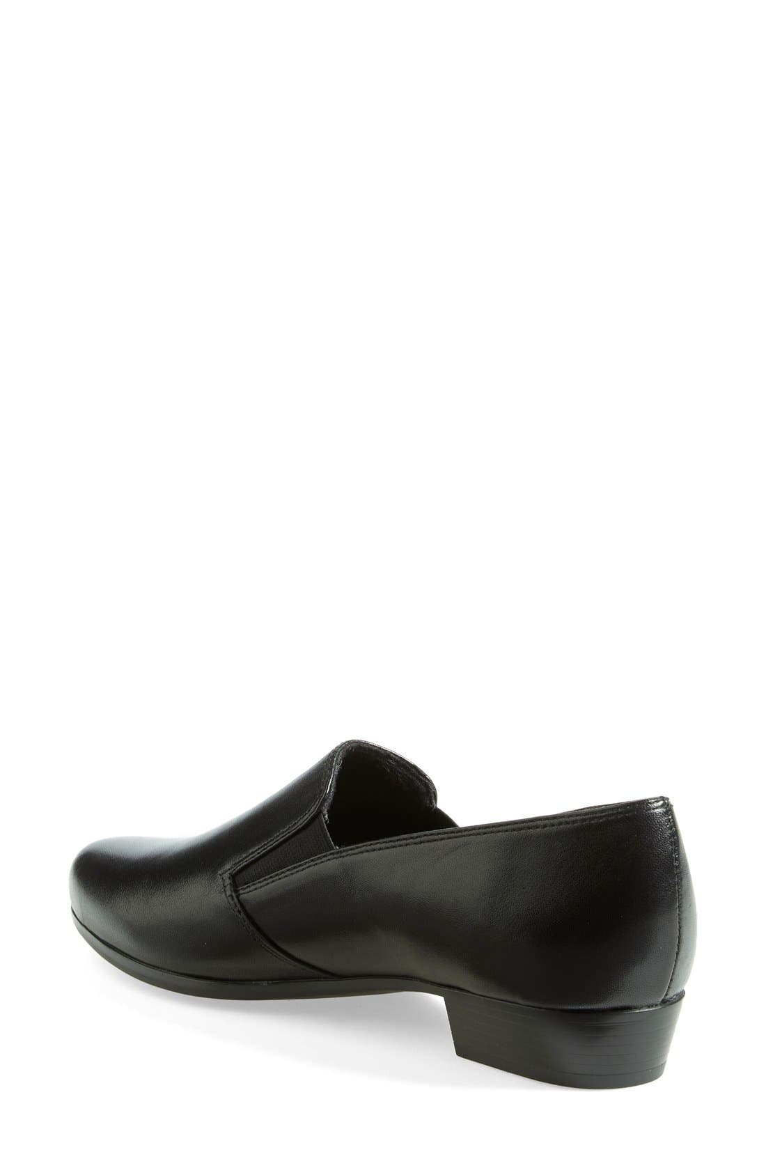 'Hailey' Leather Loafer,                             Alternate thumbnail 4, color,                             001