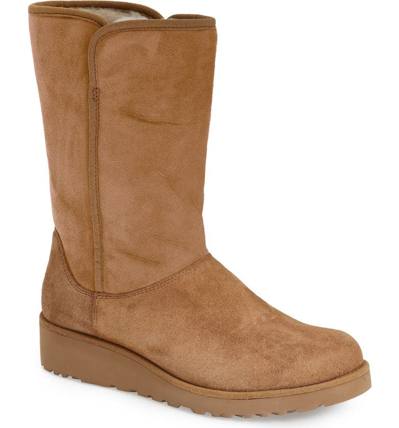 Looking for UGG Amie - Classic Slim Water Resistant Short Boot (Women) Great price