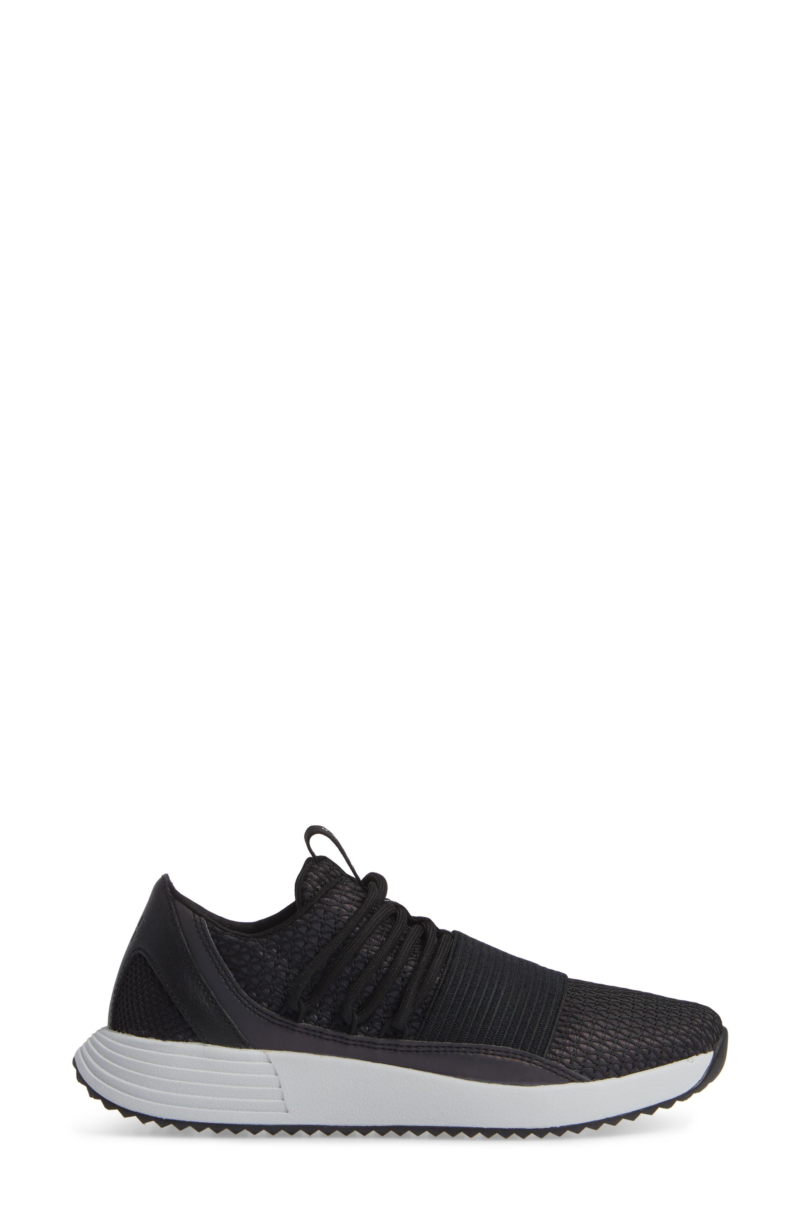 Breathe Reflective Low Top Sneaker,                             Alternate thumbnail 3, color,                             BLACK/ BLACK/ BLACK