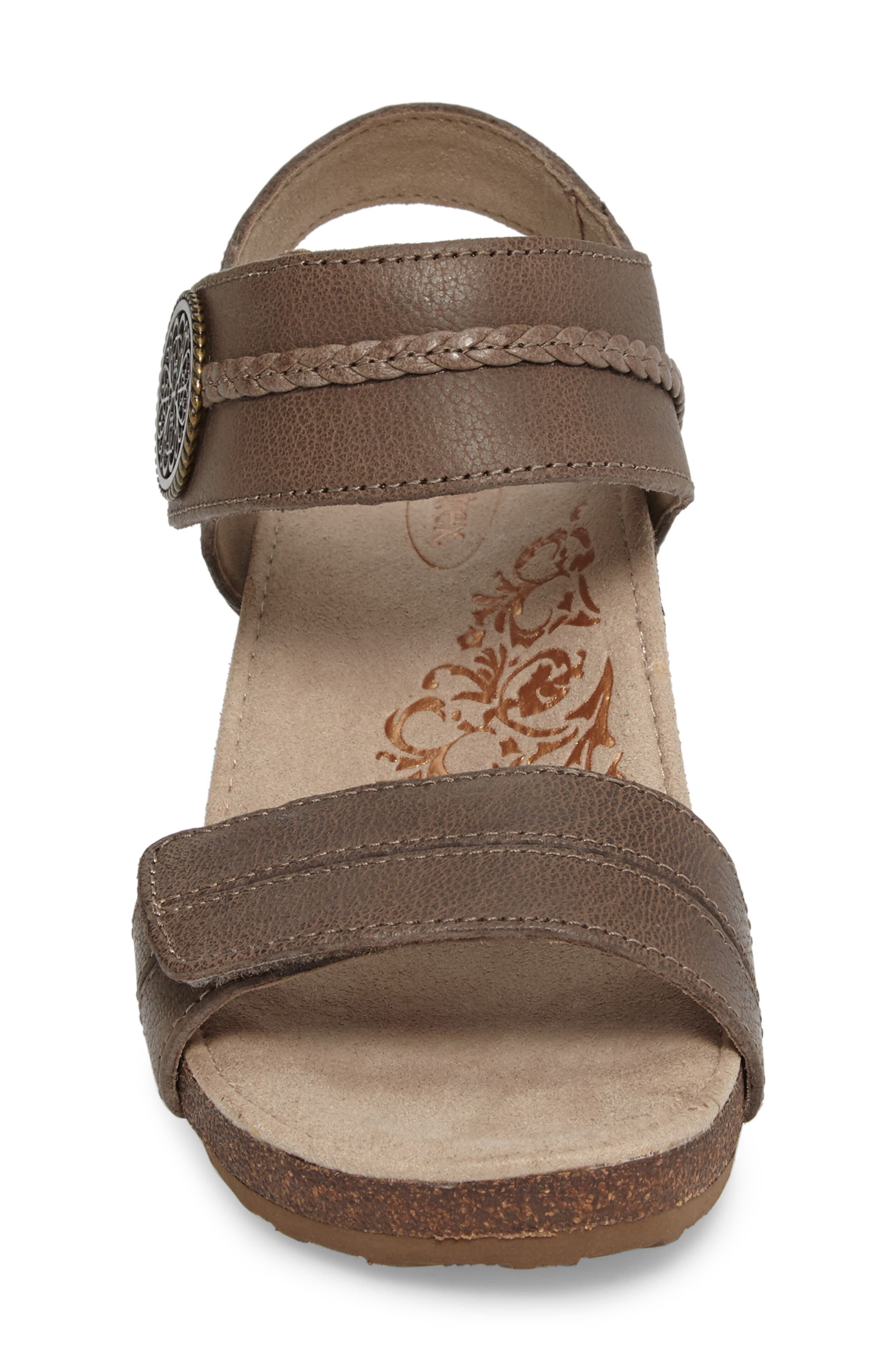 'Arielle' Leather Wedge Sandal,                             Alternate thumbnail 4, color,                             STONE LEATHER