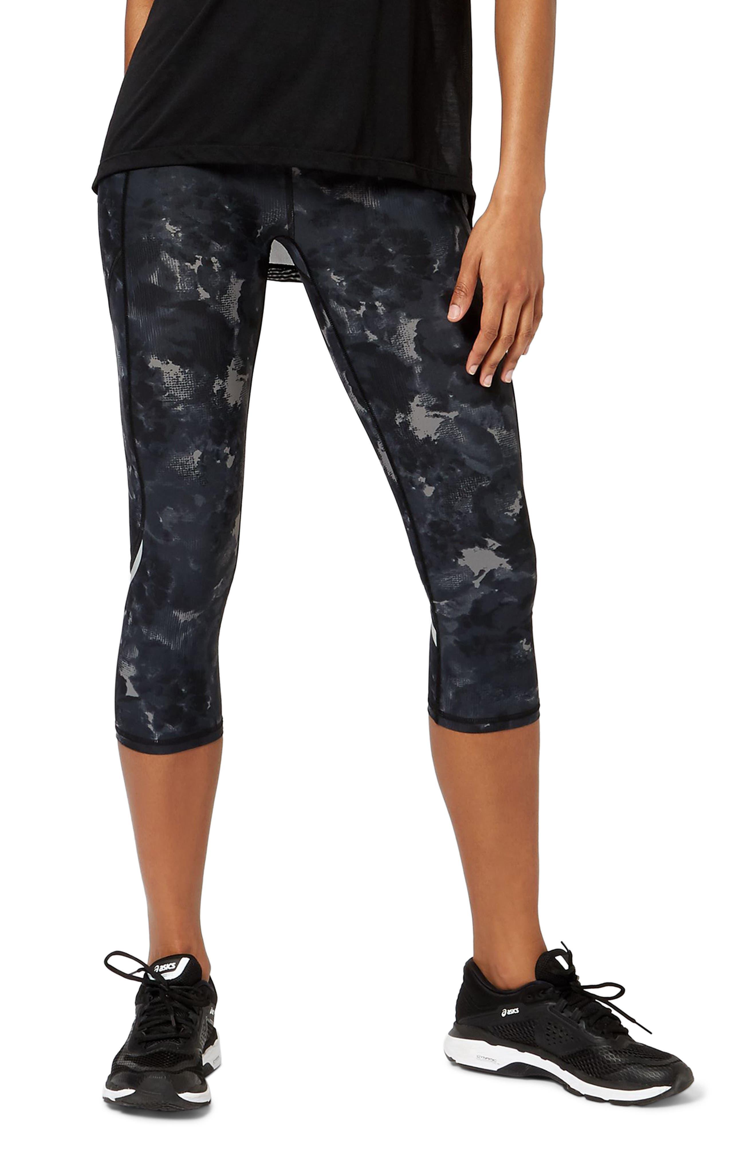 Zero Gravity Crop Leggings,                         Main,                         color, BLACK MARKET FLORAL PRINT