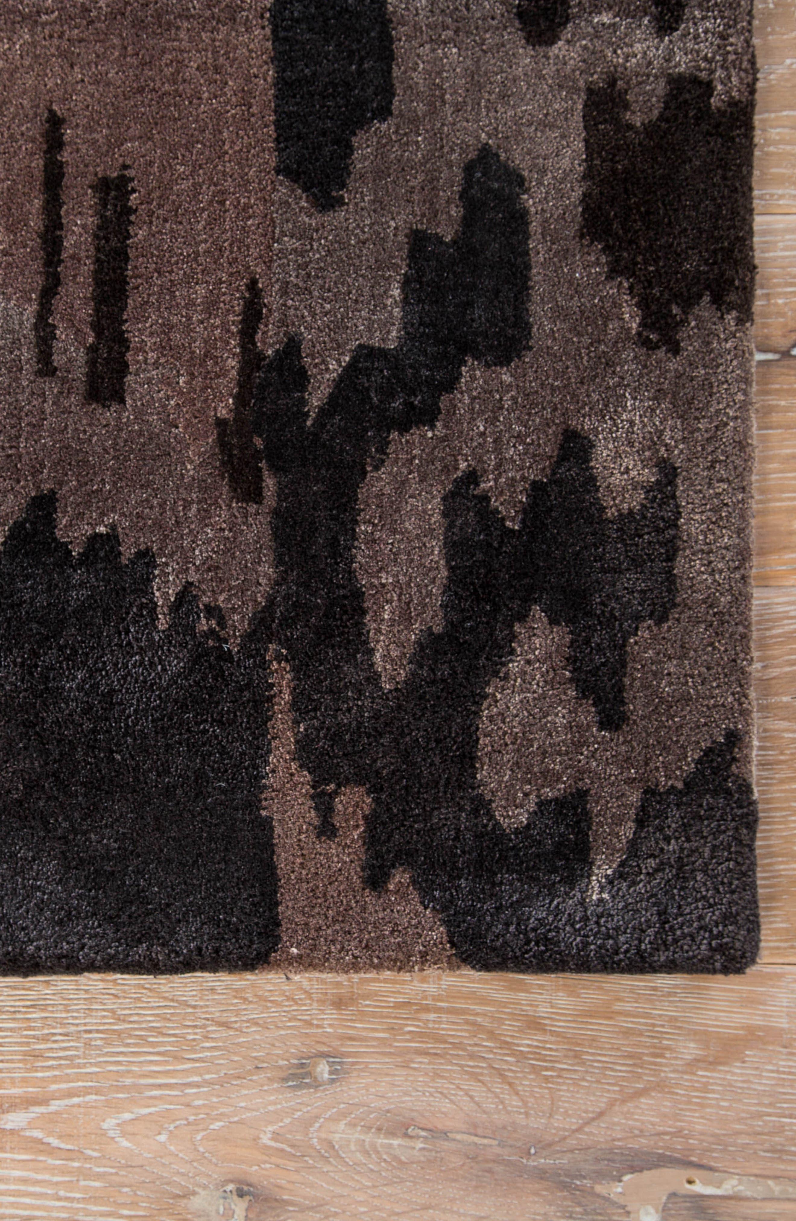 green rug,                             Alternate thumbnail 2, color,
