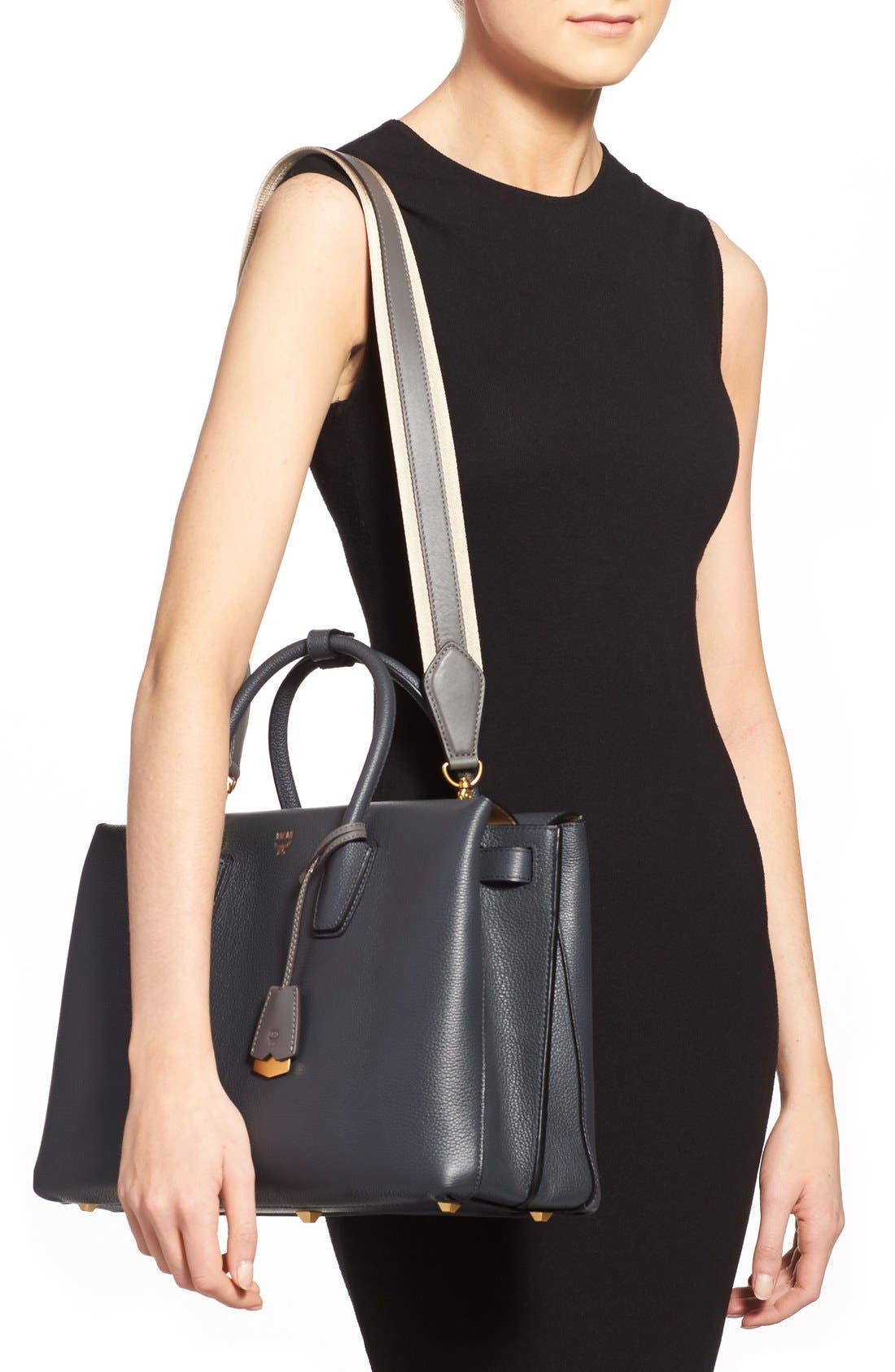 'Large Milla' Leather Tote,                             Alternate thumbnail 4, color,                             020