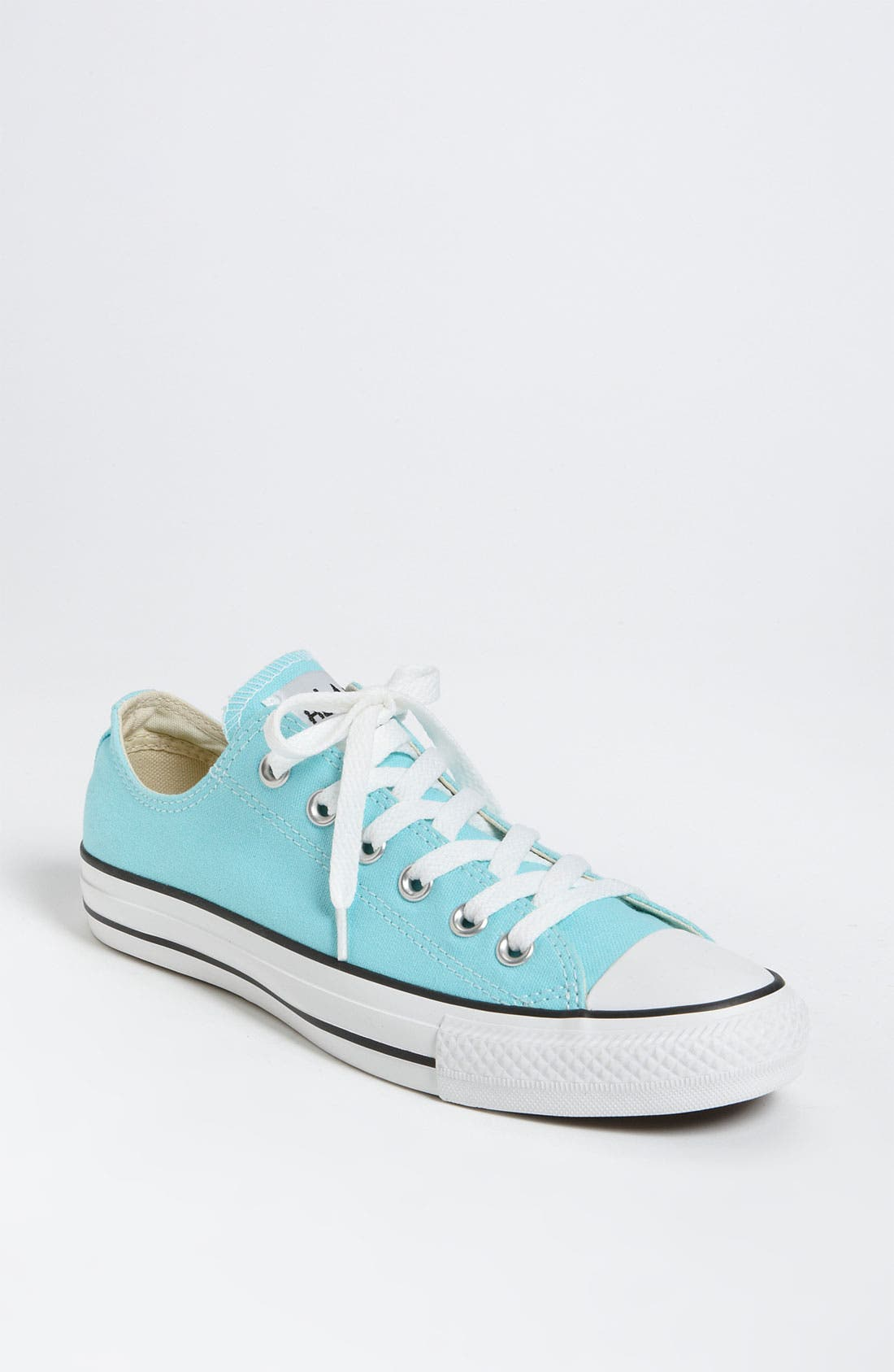 Chuck Taylor<sup>®</sup> Low Sneaker,                             Main thumbnail 25, color,