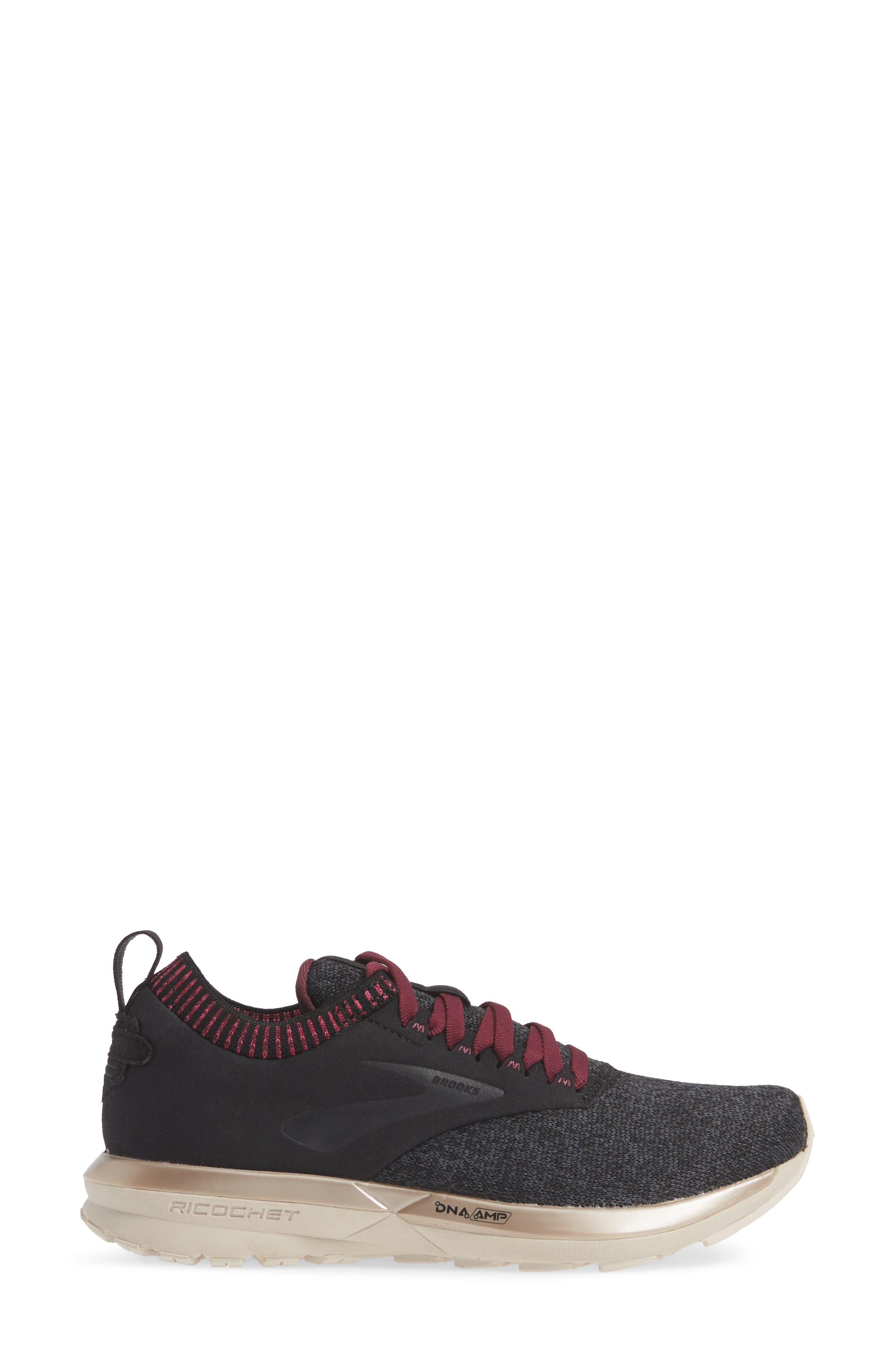 Ricochet LE Running Shoe,                             Alternate thumbnail 3, color,                             BLACK/ GREY/ PINK