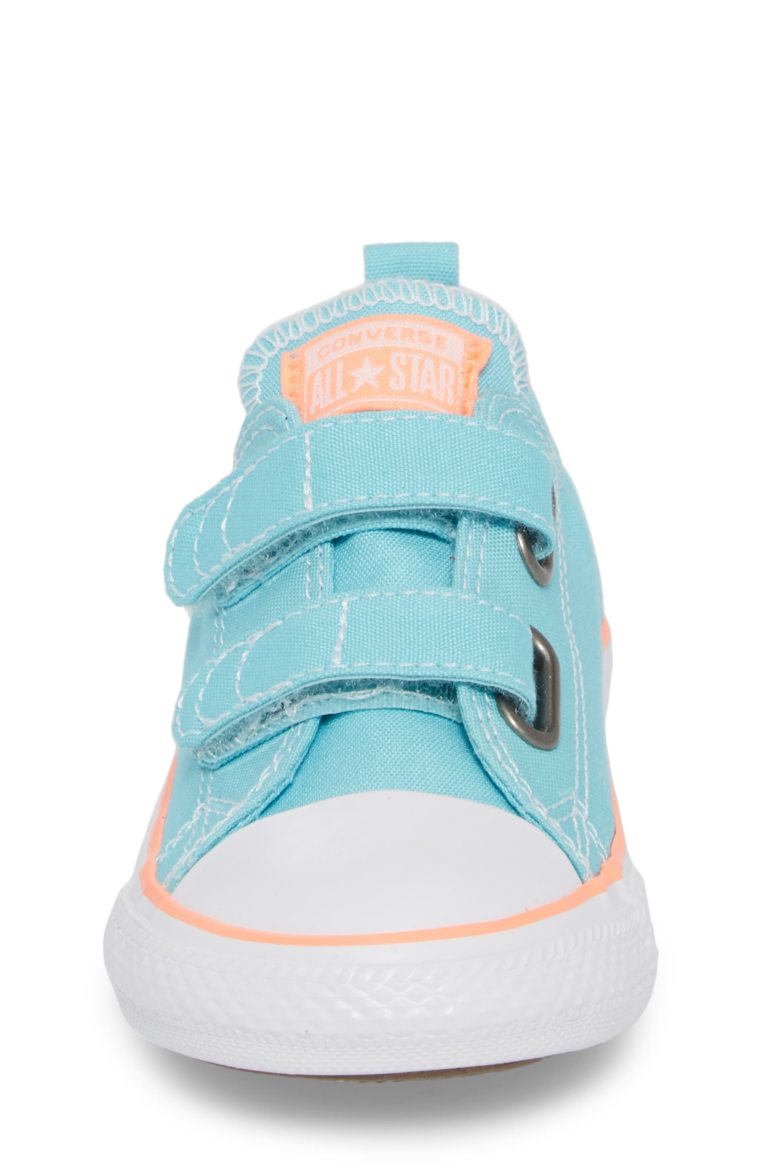 All Star<sup>®</sup> 2V Low Top Sneaker,                             Alternate thumbnail 4, color,                             486
