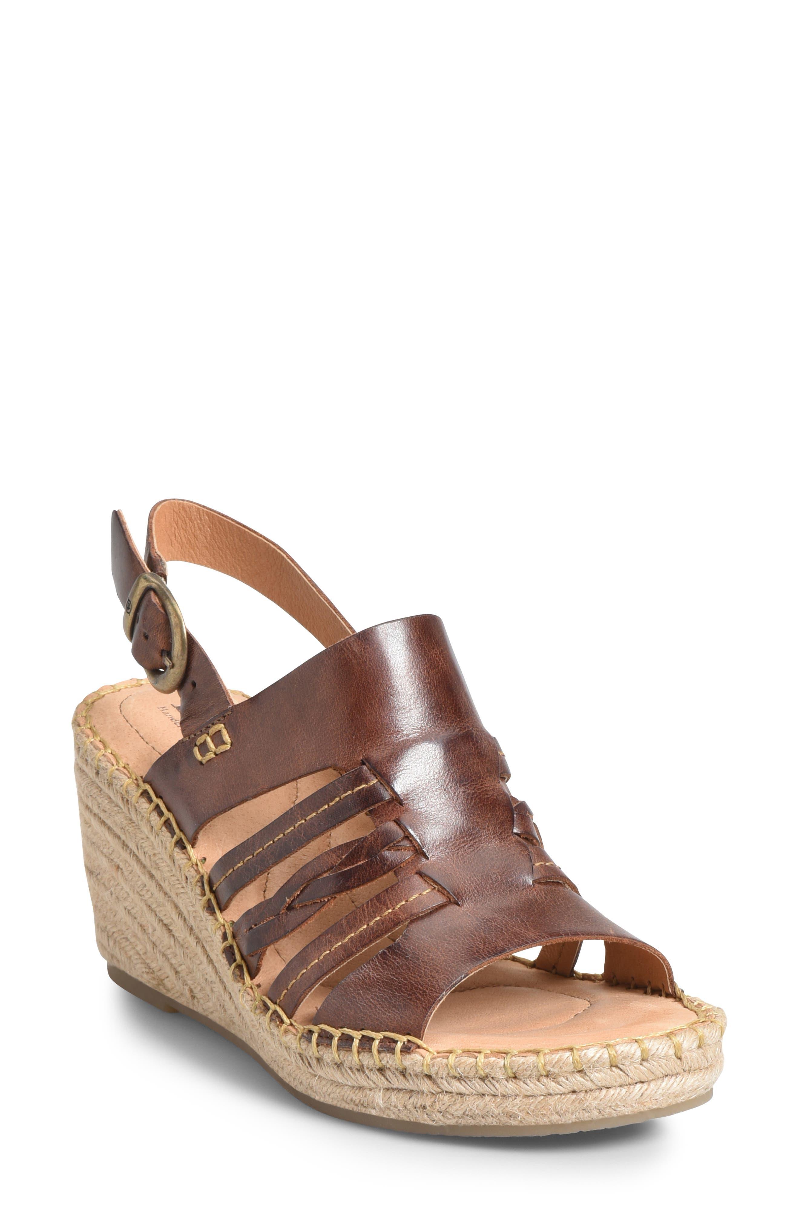 B?rn Payson Wedge Sandal, Brown