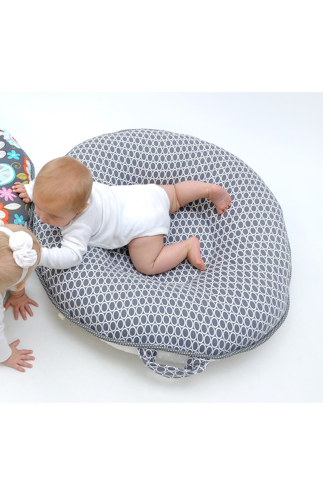 'Majestic' Portable Floor Pillow,                             Alternate thumbnail 3, color,                             020
