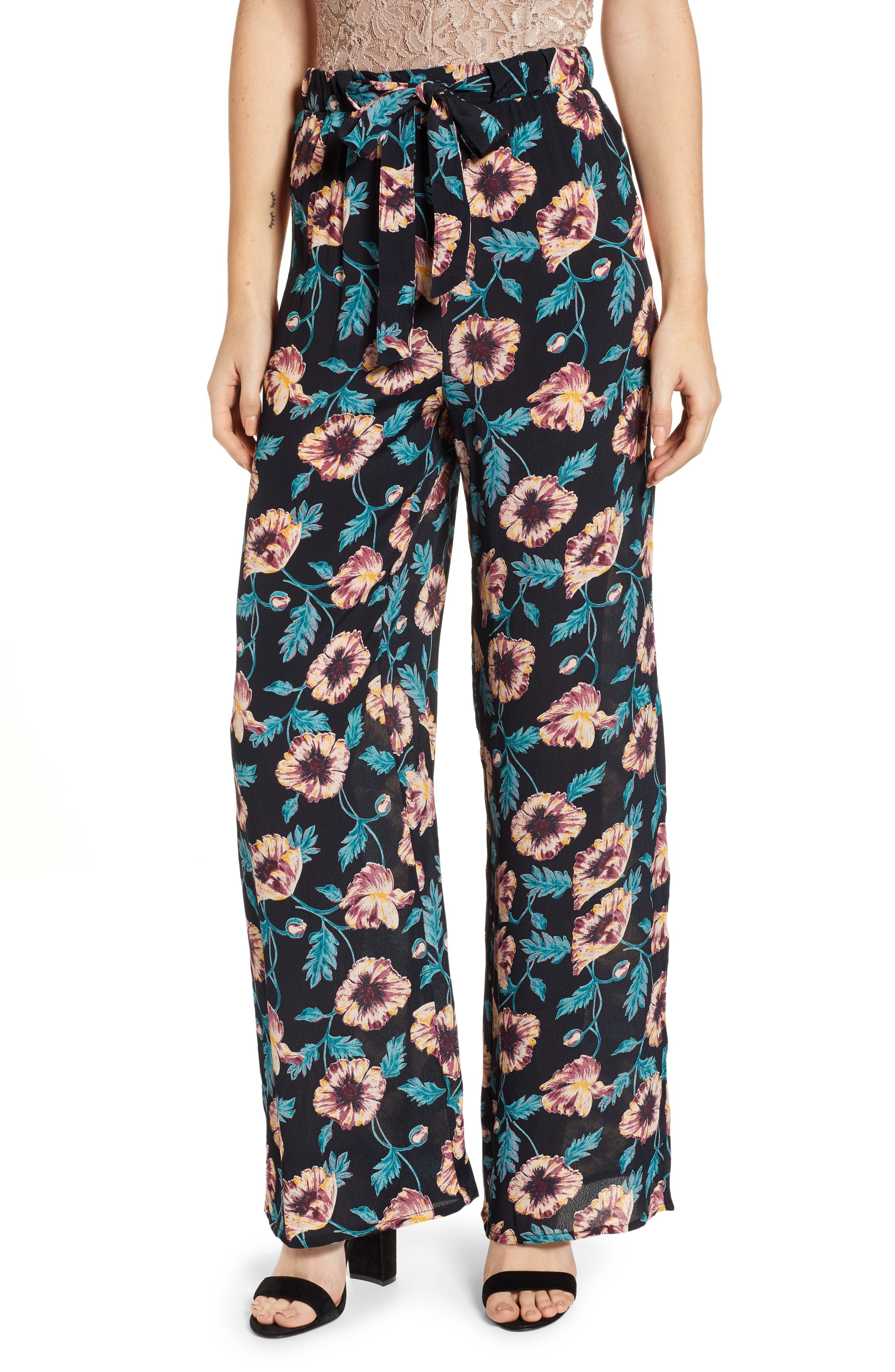 BAND OF GYPSIES Ravenel Print Pants in Black/ Crimson