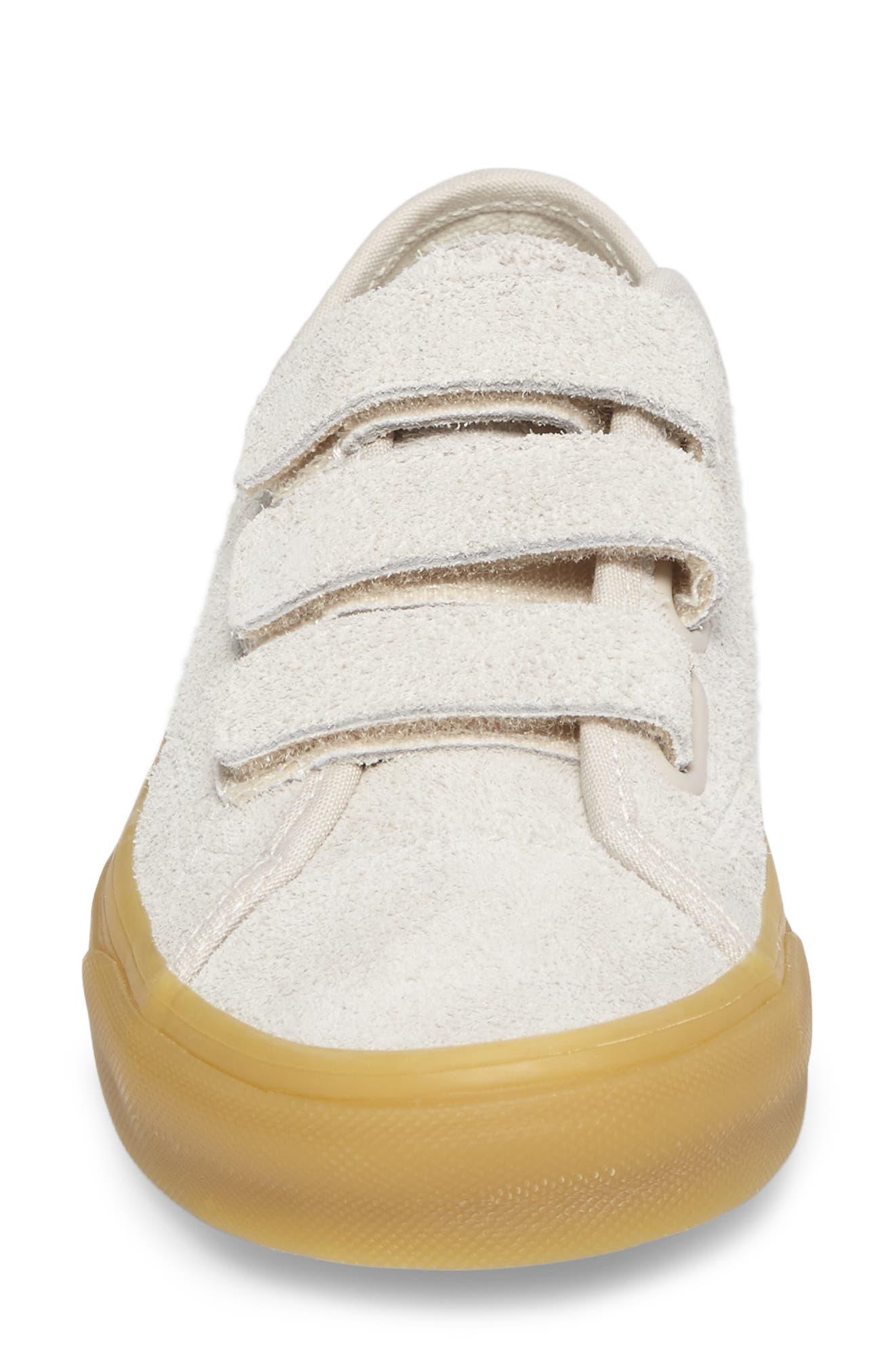 Style 23 V Sneaker,                             Alternate thumbnail 31, color,