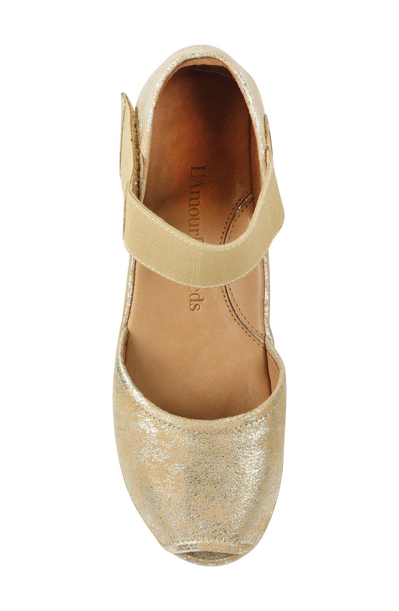 'Amadour' Platform Sandal,                             Alternate thumbnail 5, color,                             GOLD LEATHER