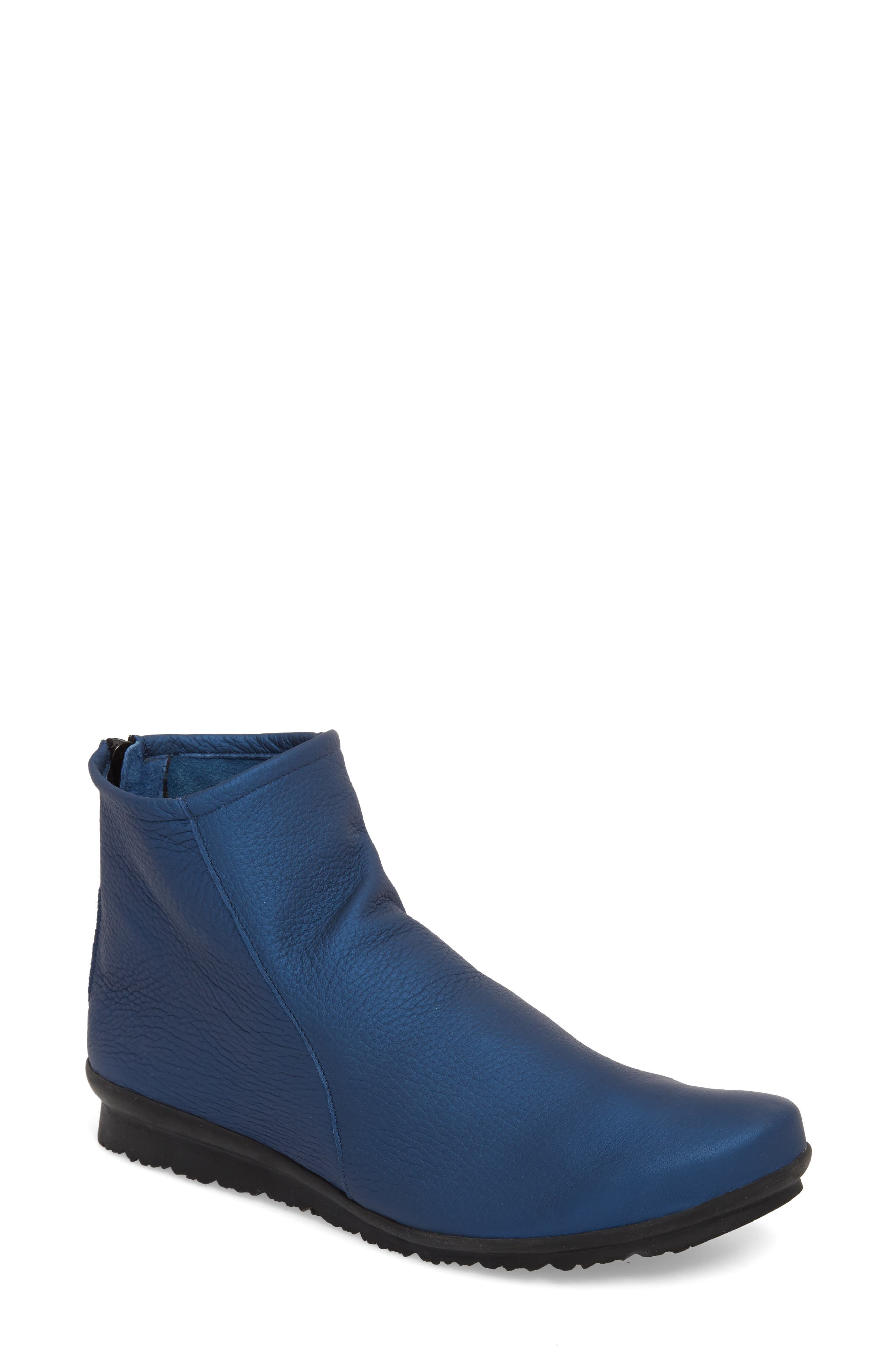 ARCHE Baryky Bootie in Blue