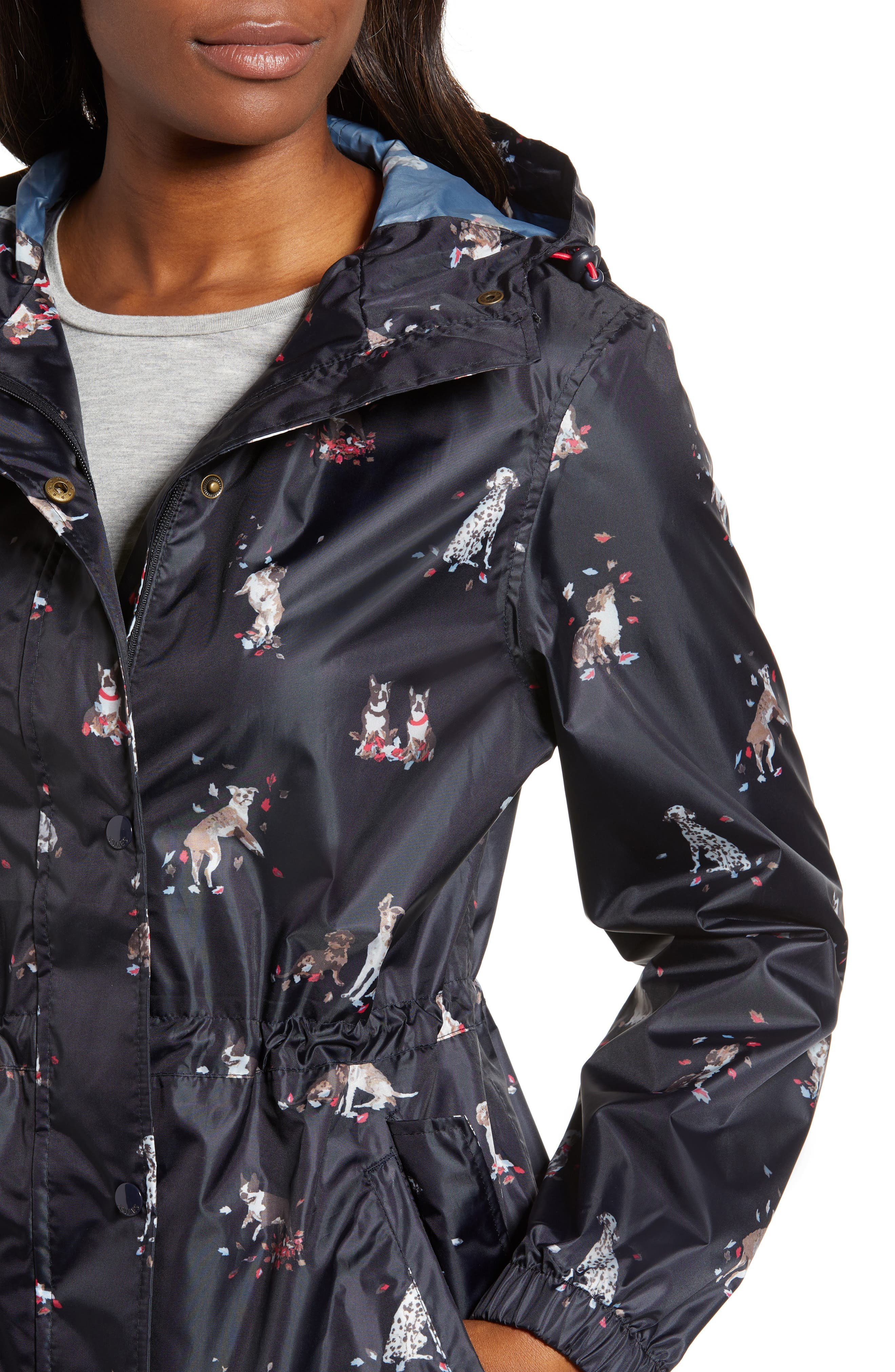 Right as Rain Packable Print Hooded Raincoat,                             Alternate thumbnail 4, color,                             DOGS IN LEAVES