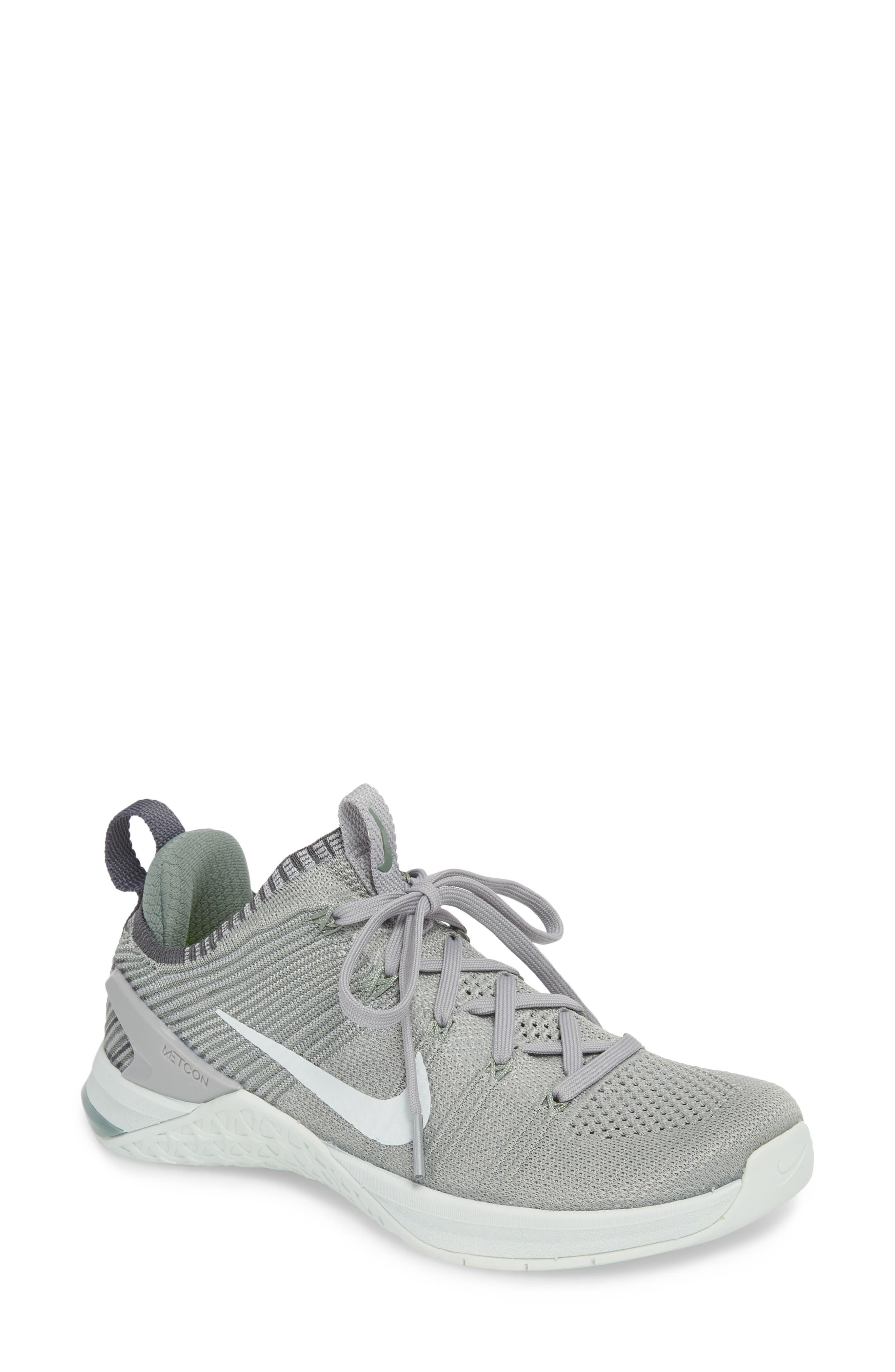 Nike Metcon Dsx Flyknit 2 Training Shoe- Grey