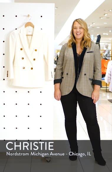 Aleida White Blazer, sales video thumbnail