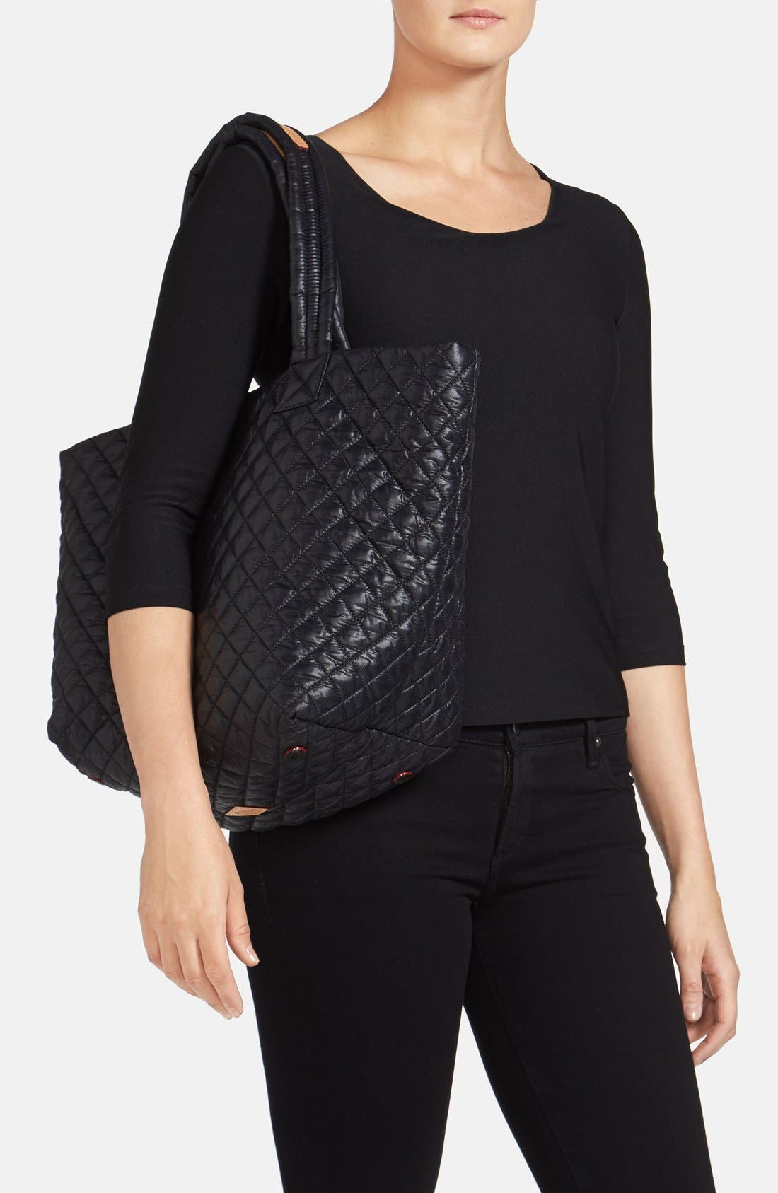 Medium Metro Tote,                             Alternate thumbnail 7, color,                             BLACK