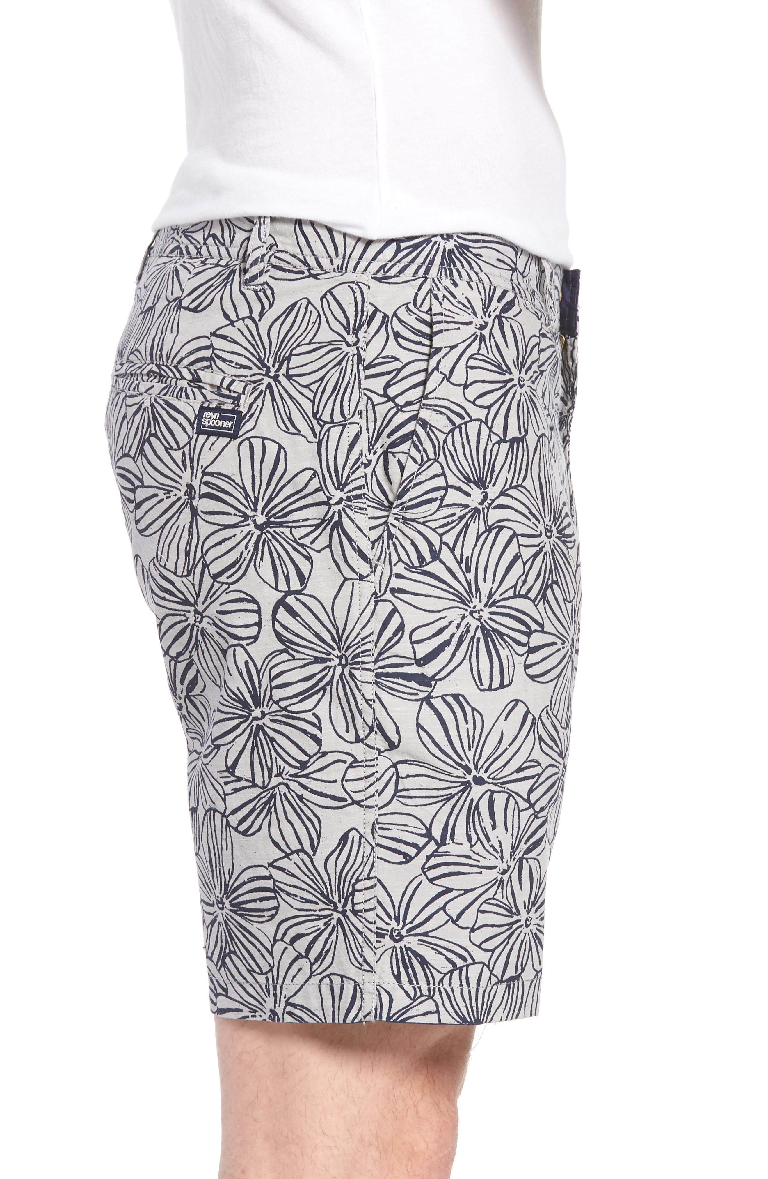 Mala Melia Reversible Chino Shorts,                             Alternate thumbnail 4, color,                             030