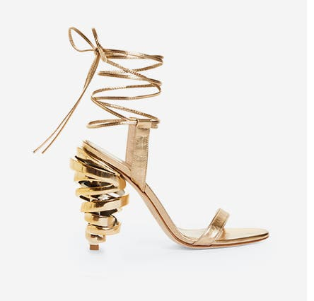 Keeyahri shoe.