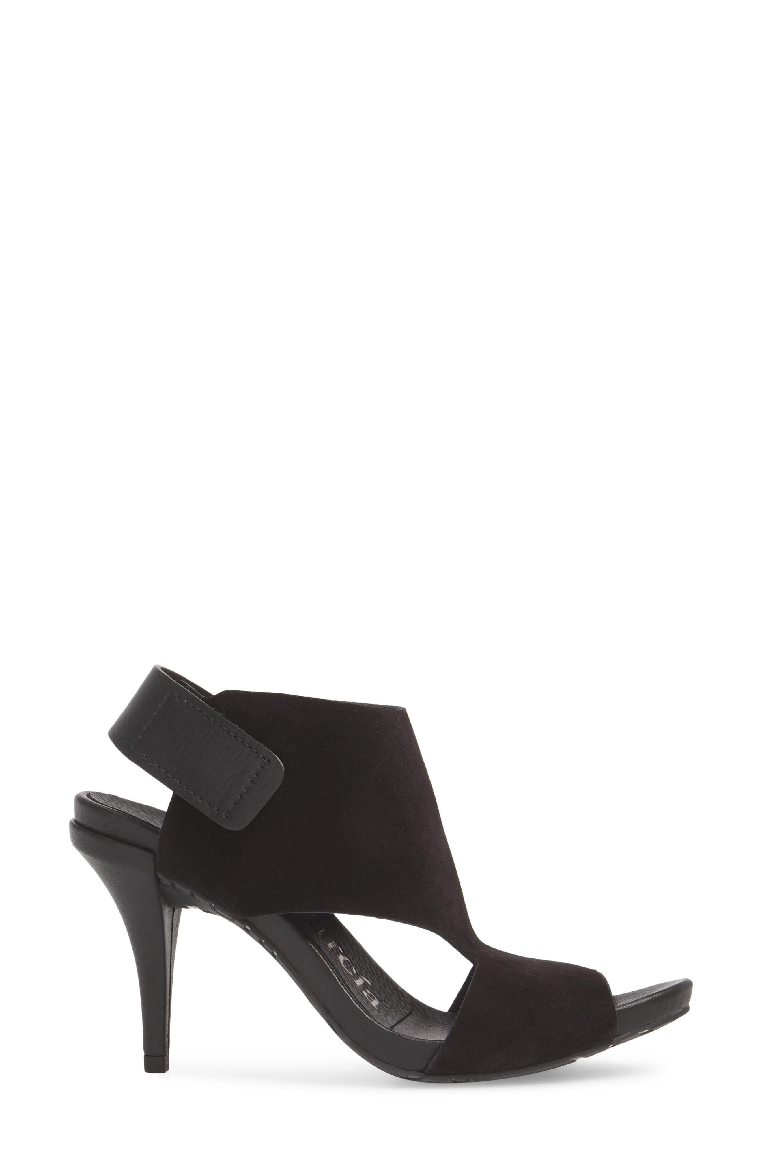Yimina Cutout Sandal,                             Alternate thumbnail 3, color,                             BLACK