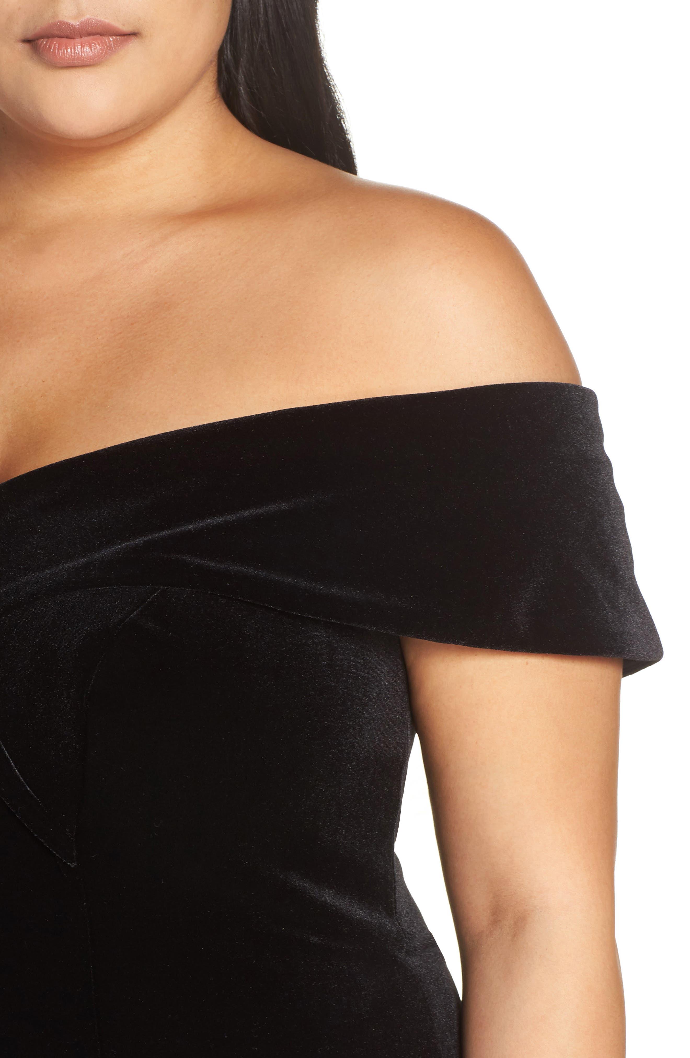Off the Shoulder Velvet Gown,                             Alternate thumbnail 4, color,                             BLACK