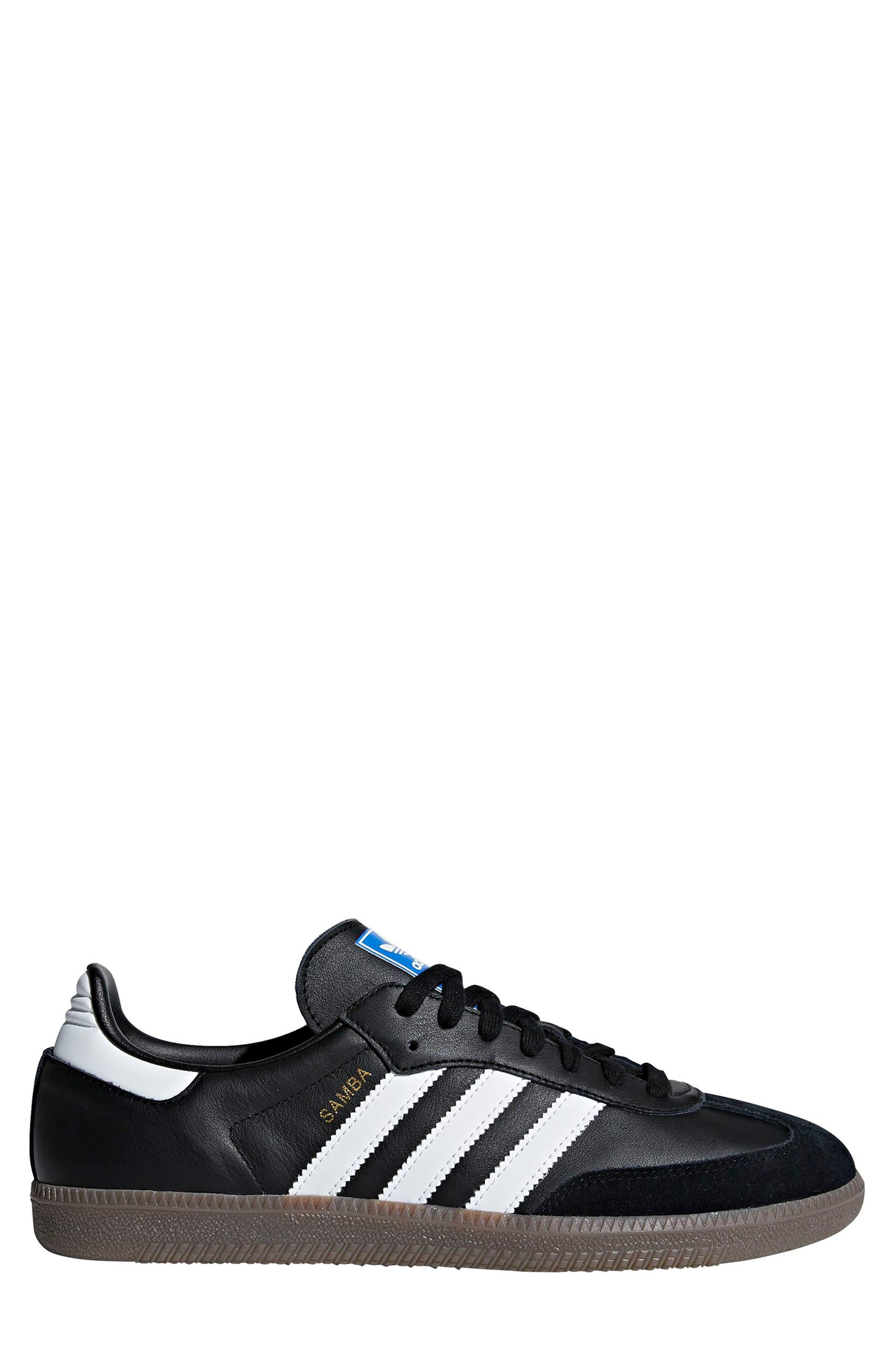 Samba OG Sneaker,                         Main,                         color, BLACK/ WHITE/ GUM