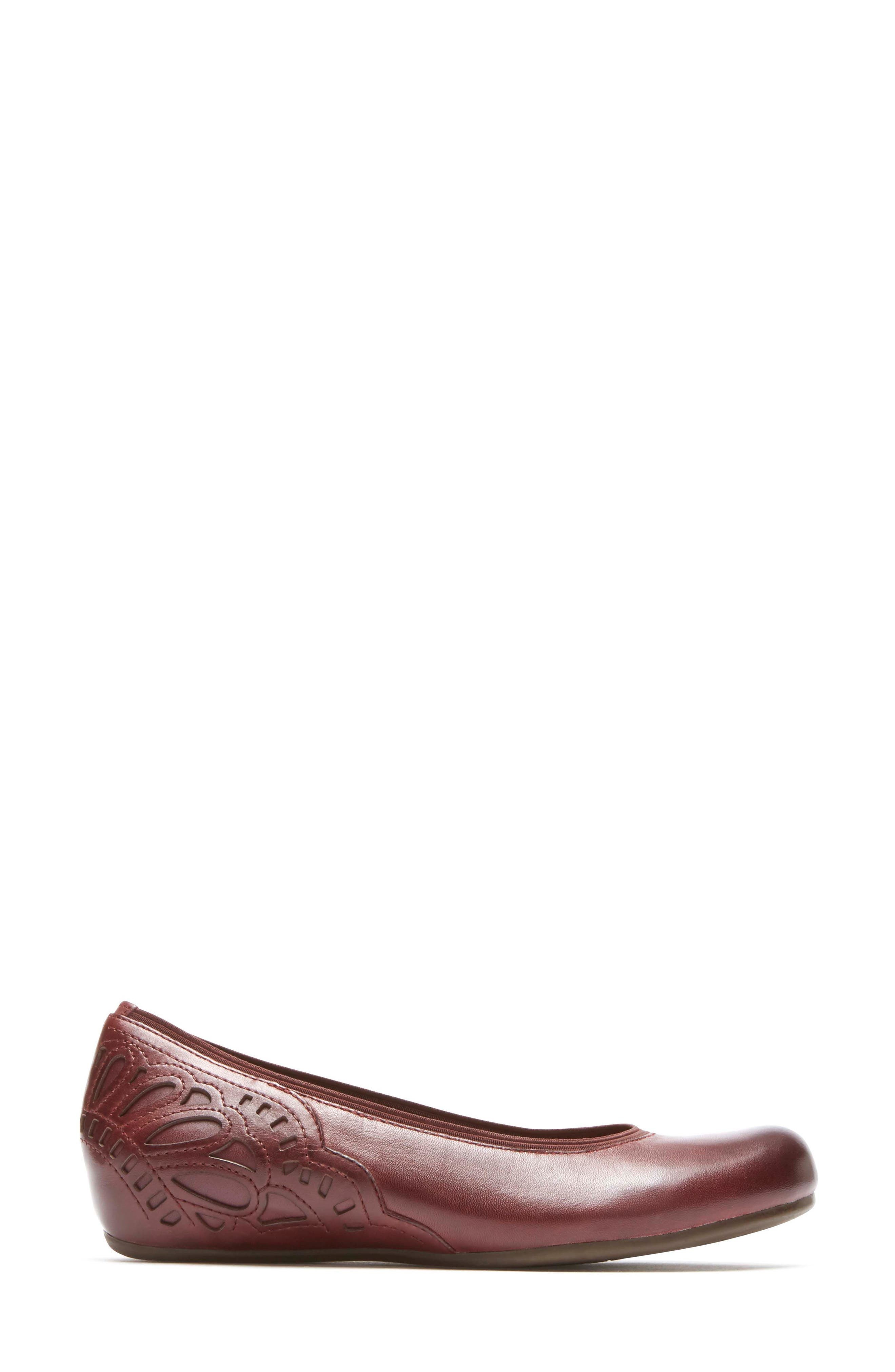 Sharleen Wedge Pump,                             Alternate thumbnail 3, color,                             MERLOT LEATHER