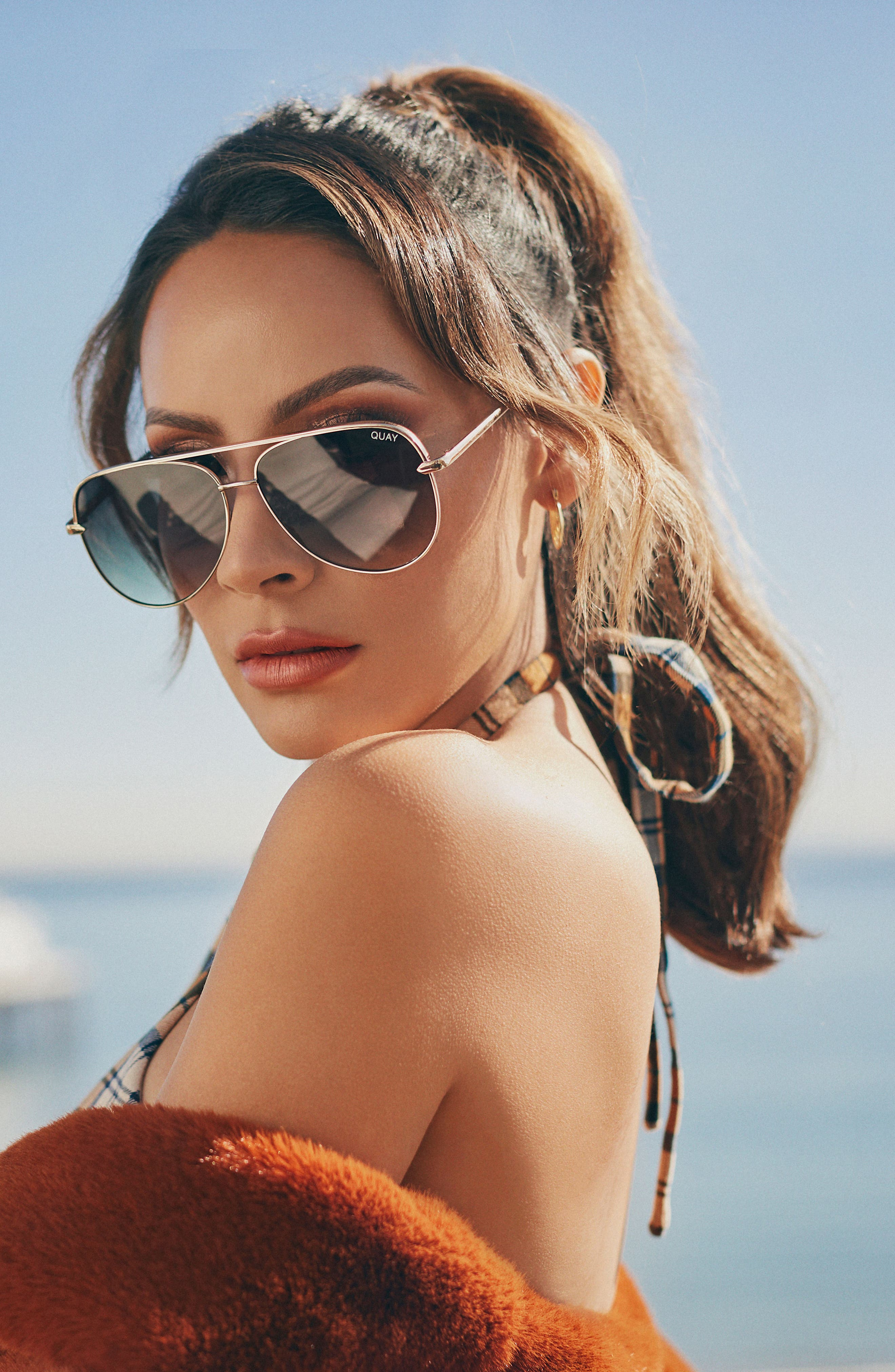 QUAY AUSTRALIA,                             x Desi Perkins Sahara 60mm Aviator Sunglasses,                             Alternate thumbnail 4, color,                             GOLD/ SMOKE