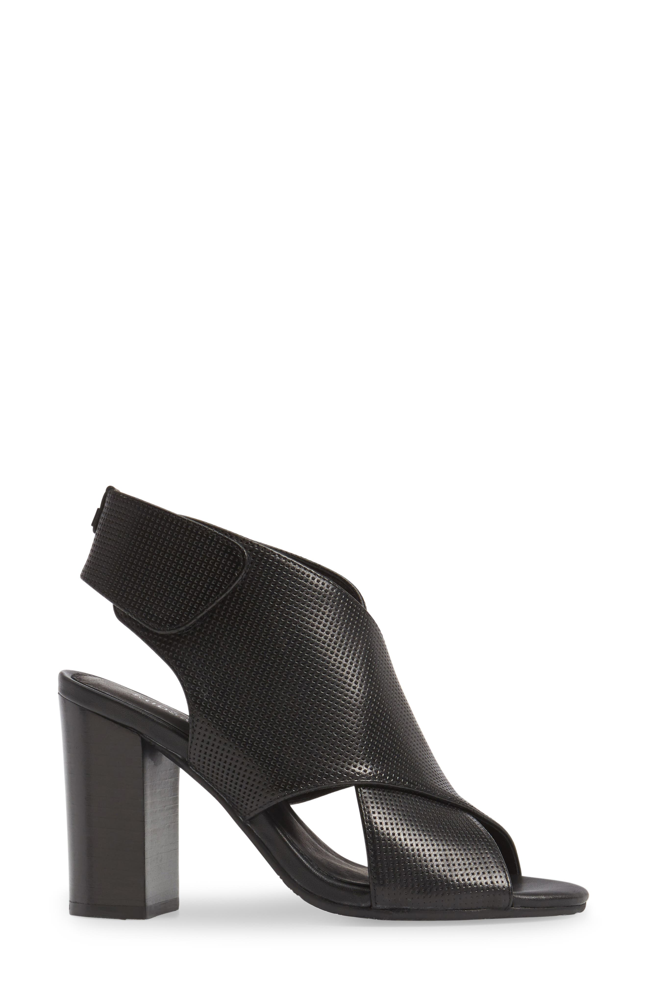 Benedetta Block Heel Sandal,                             Alternate thumbnail 3, color,                             001