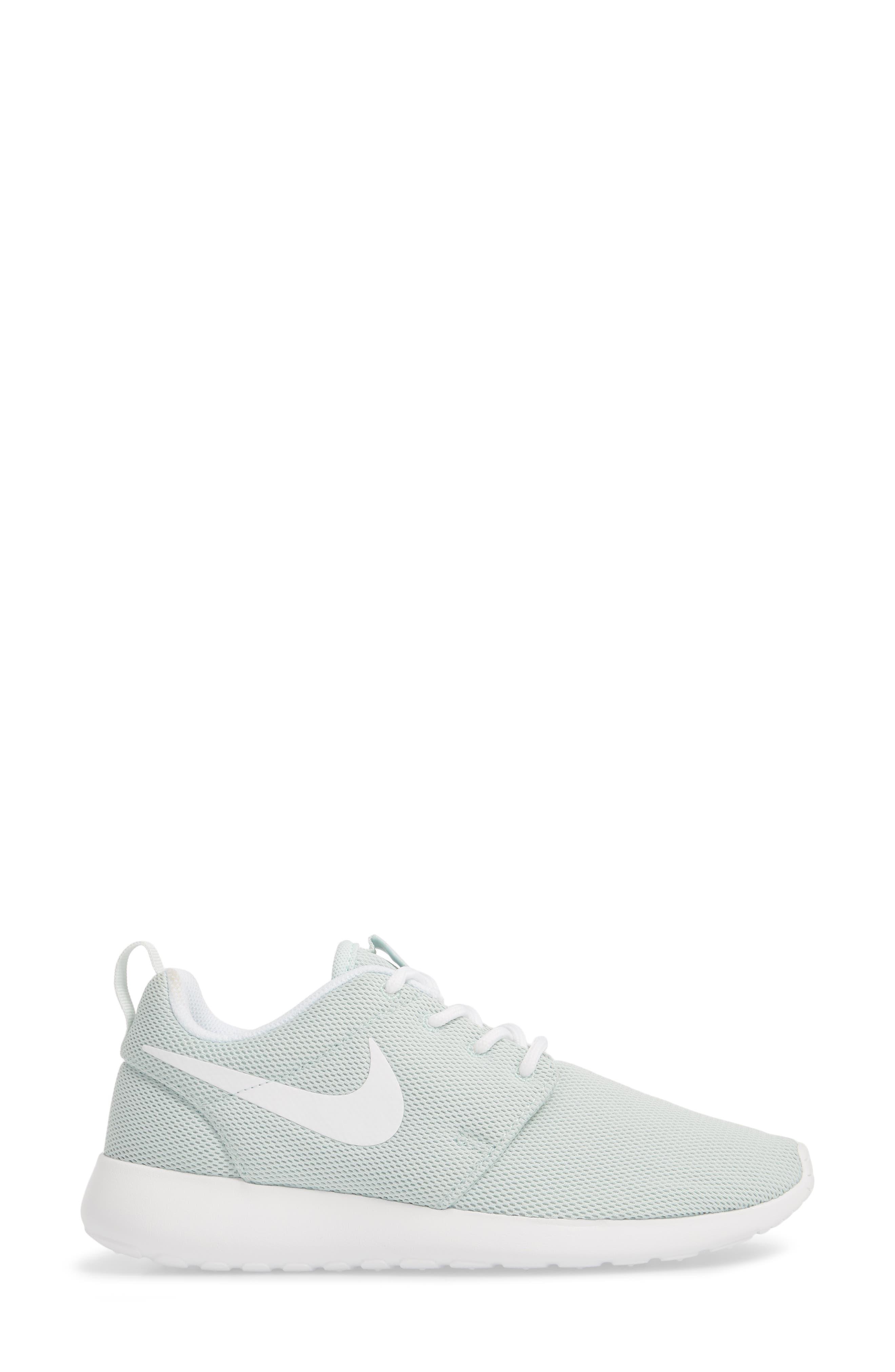 NIKE,                             'Roshe One' Sneaker,                             Alternate thumbnail 3, color,                             303