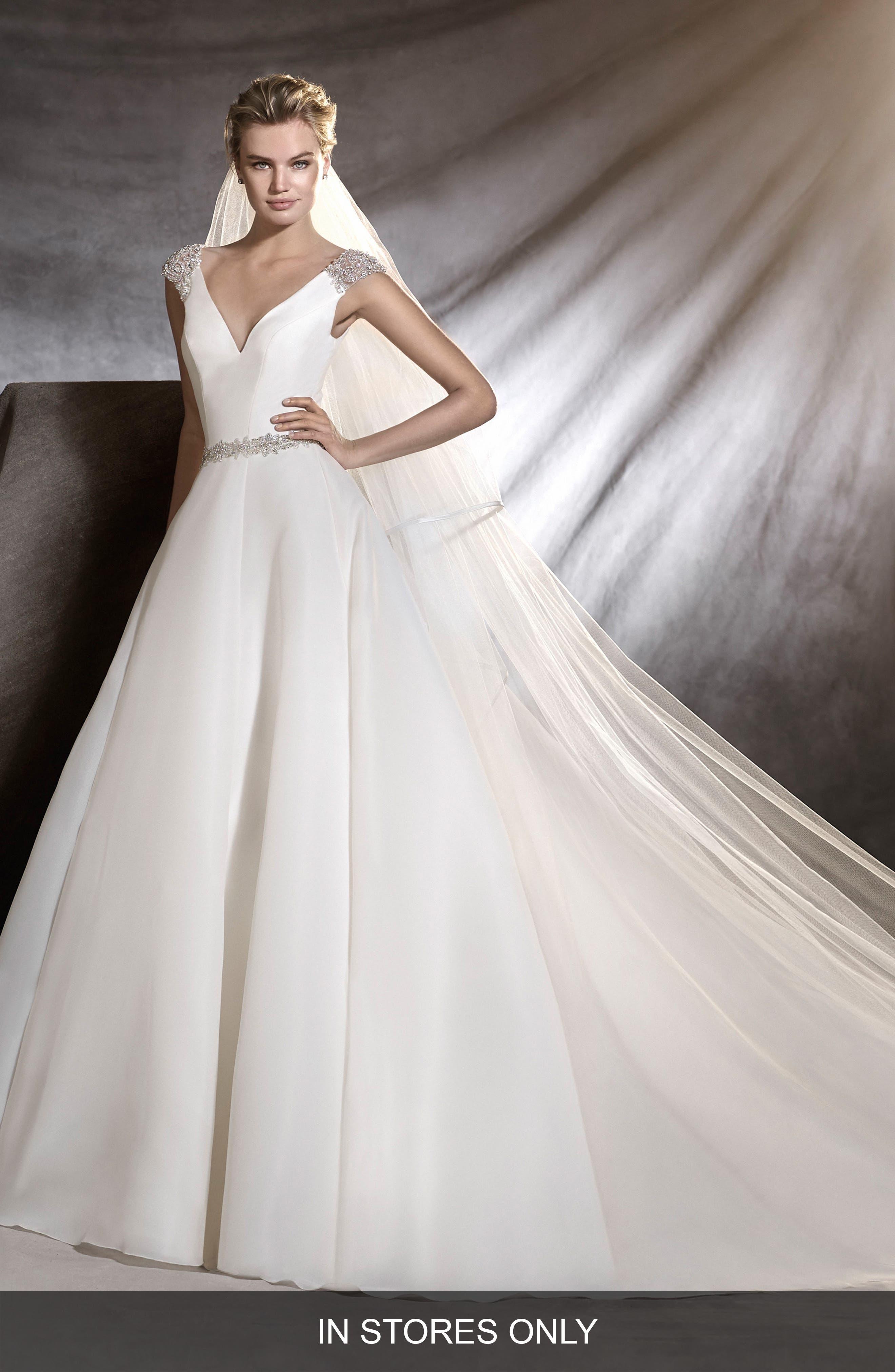 Ovidia Beaded Cap Sleeve Organza Ballgown,                         Main,                         color,