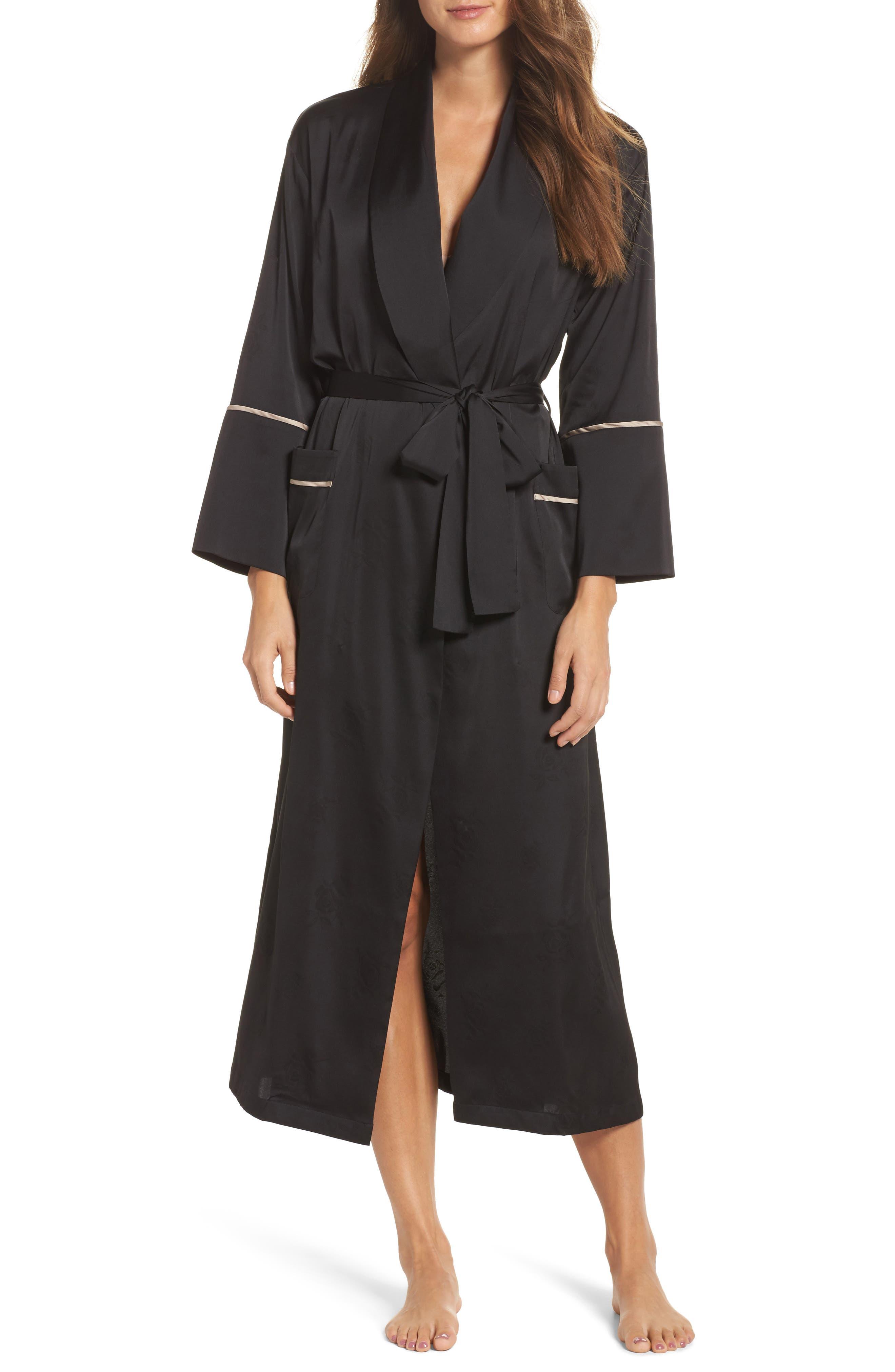 Robe,                         Main,                         color, 002
