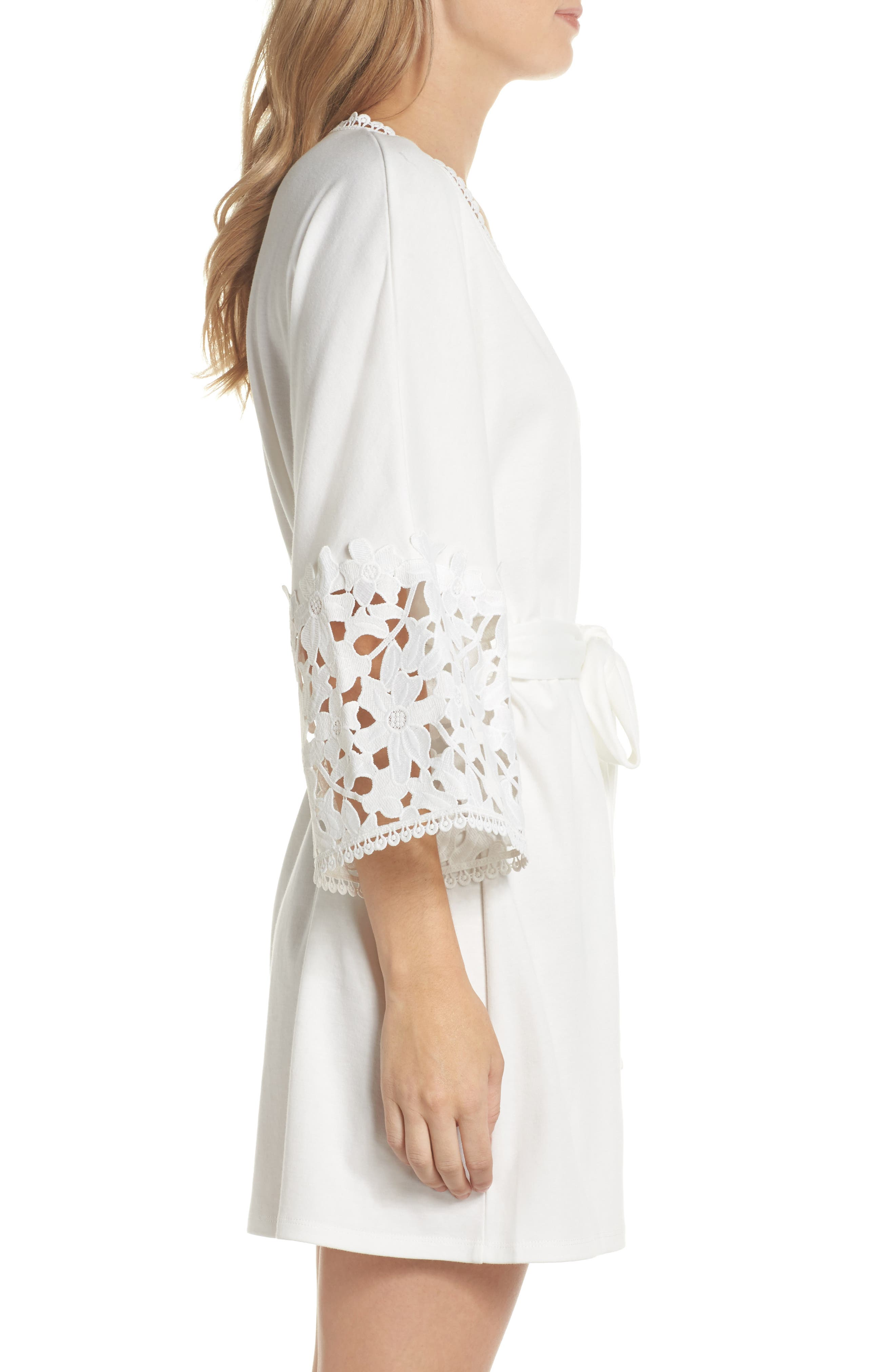 Kendall Robe,                             Alternate thumbnail 3, color,                             900