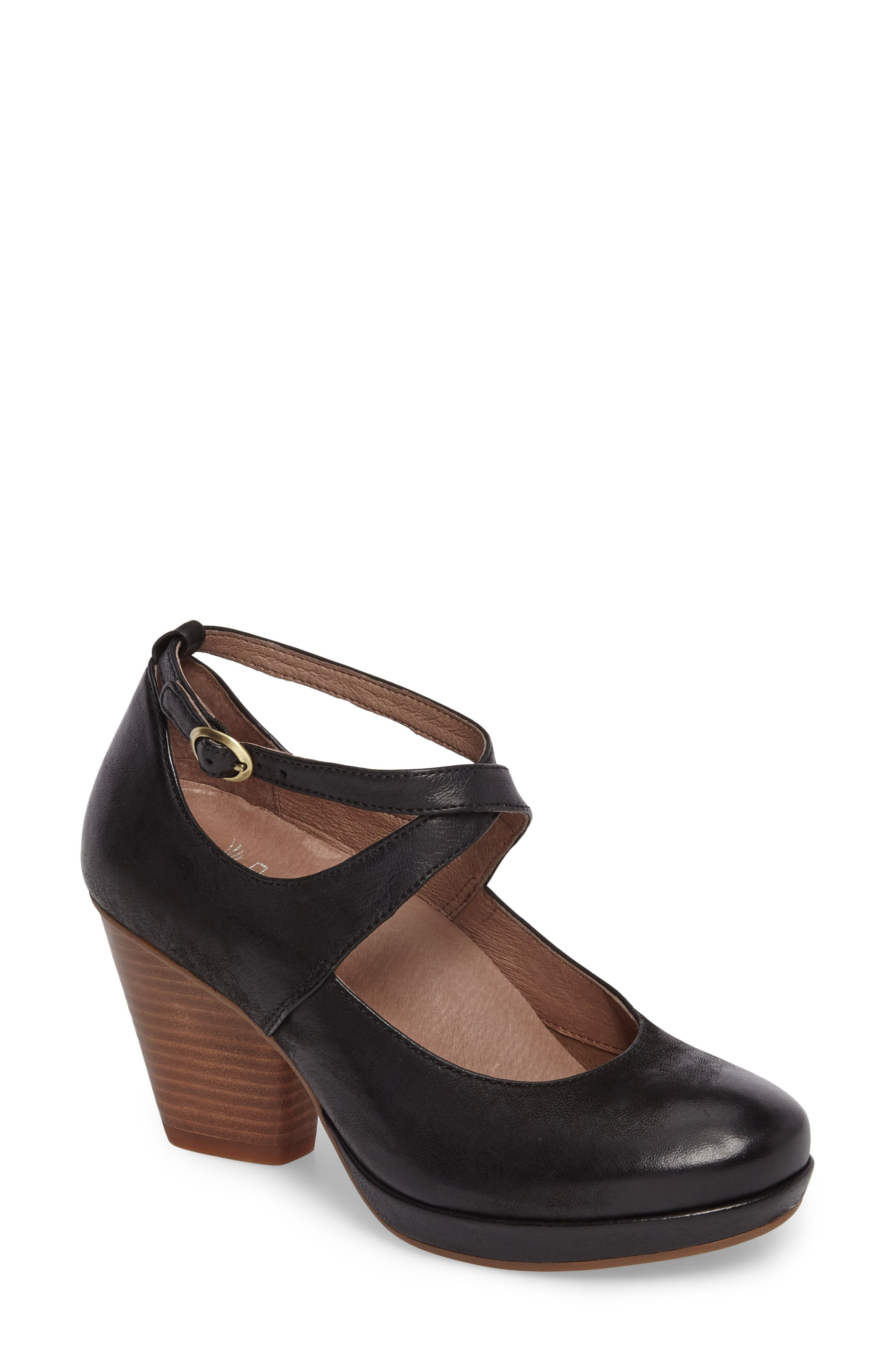 Minette Pump,                         Main,                         color, 001