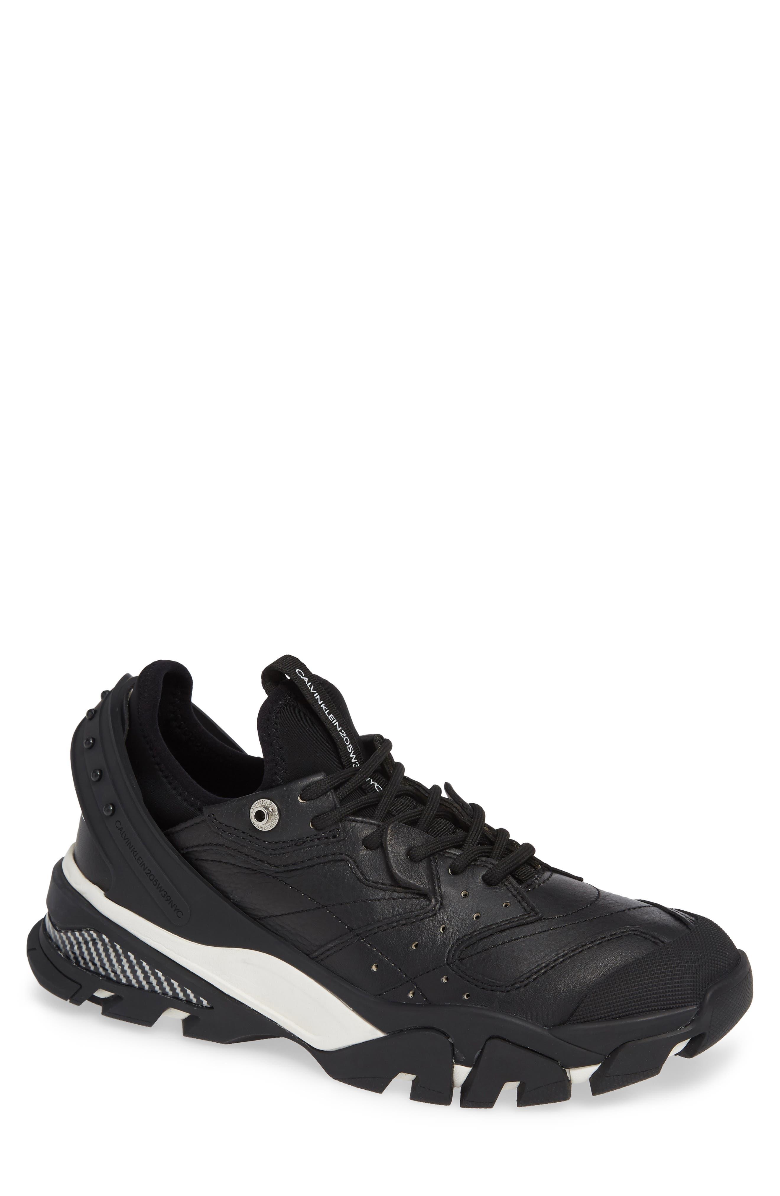 Carlos 10 Snapback Runner Sneaker,                         Main,                         color, BLACK/ WHITE