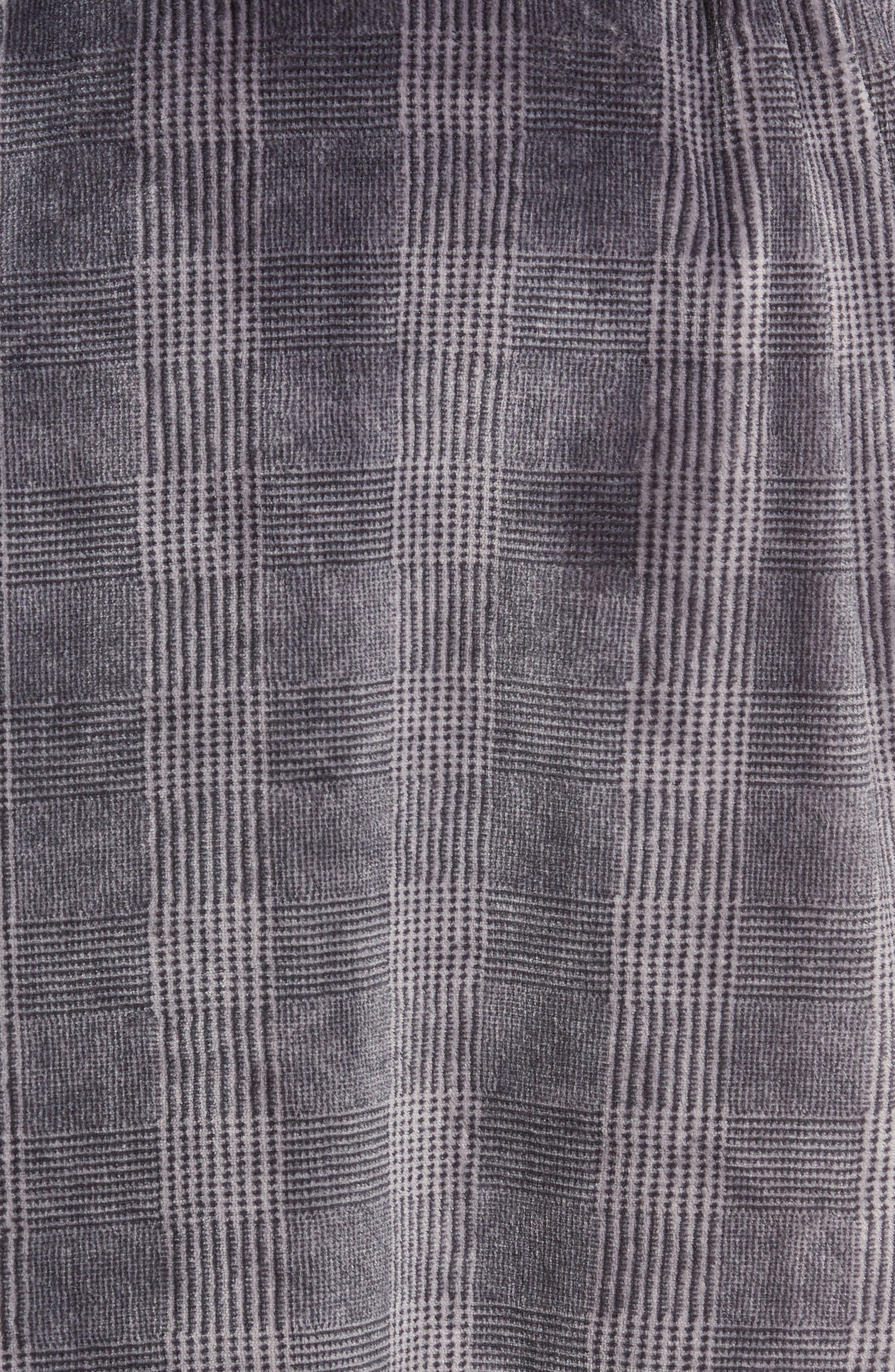 Glen Check Fleece Robe,                             Alternate thumbnail 5, color,                             BLACK - CHARCOAL GLEN CHECK